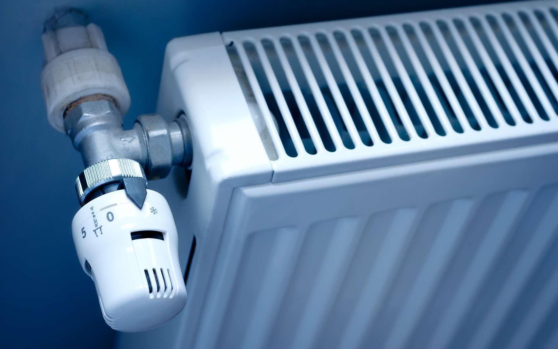 Régler le radiateur à la température idéale. © Özgür Güvenç, Adobe Stock