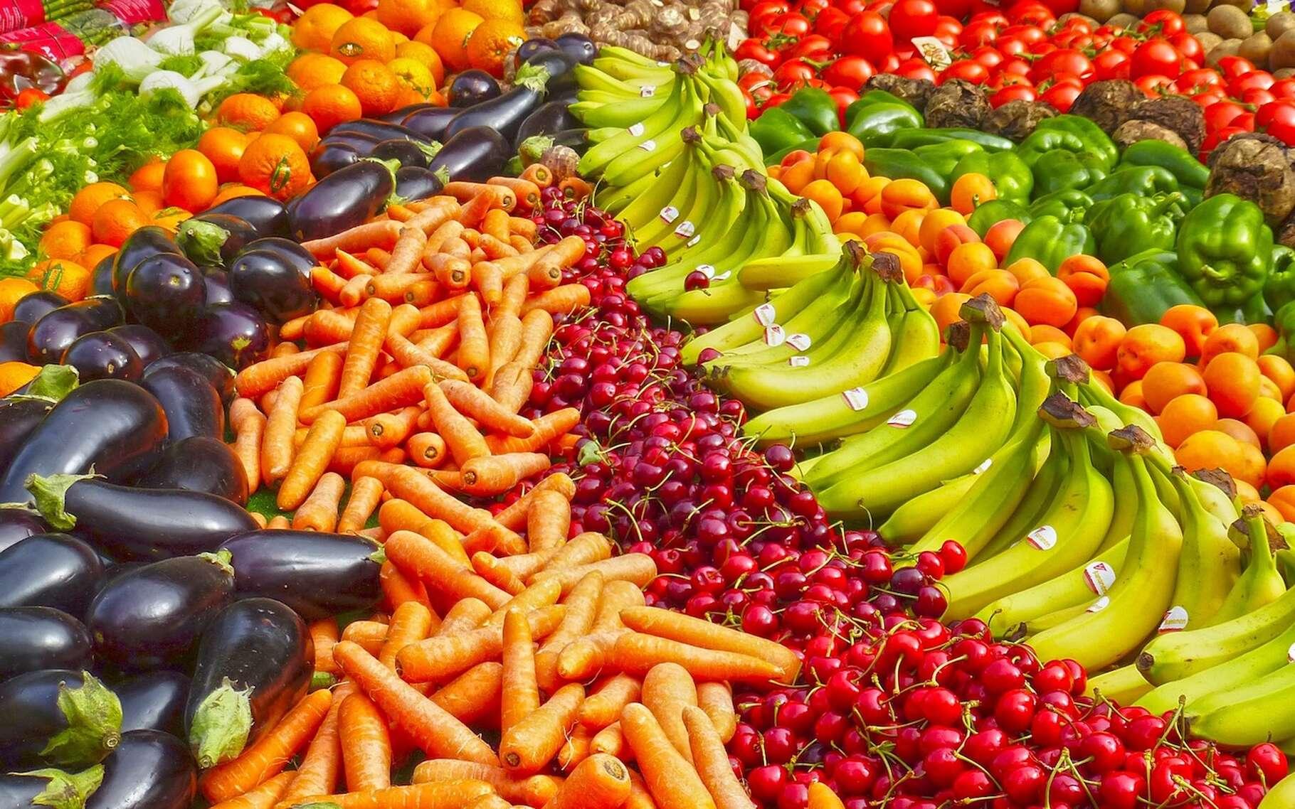 Selon des chercheurs, les épluchures de fruits et de légumes pourraient être d'une grande aide pour purifier l'eau. © gavilla, Pixabay, CC0 Creative Commons