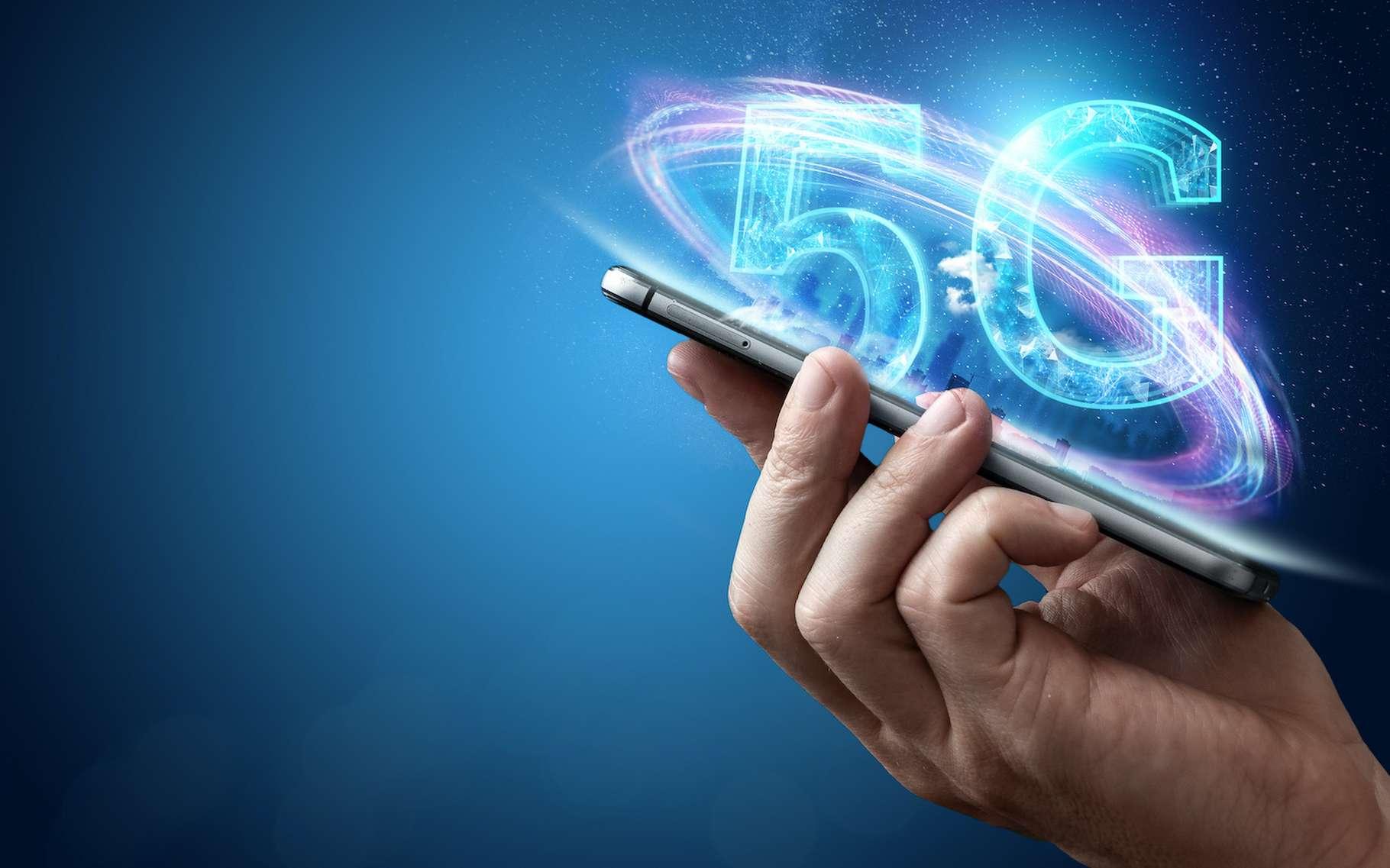 Des questions se posent quant aux effets sur la santé des rayonnements émis par les antennes du réseau 5G. Des chercheurs apportent quelques réponses. © markoaliaksandr, Adobe Stock