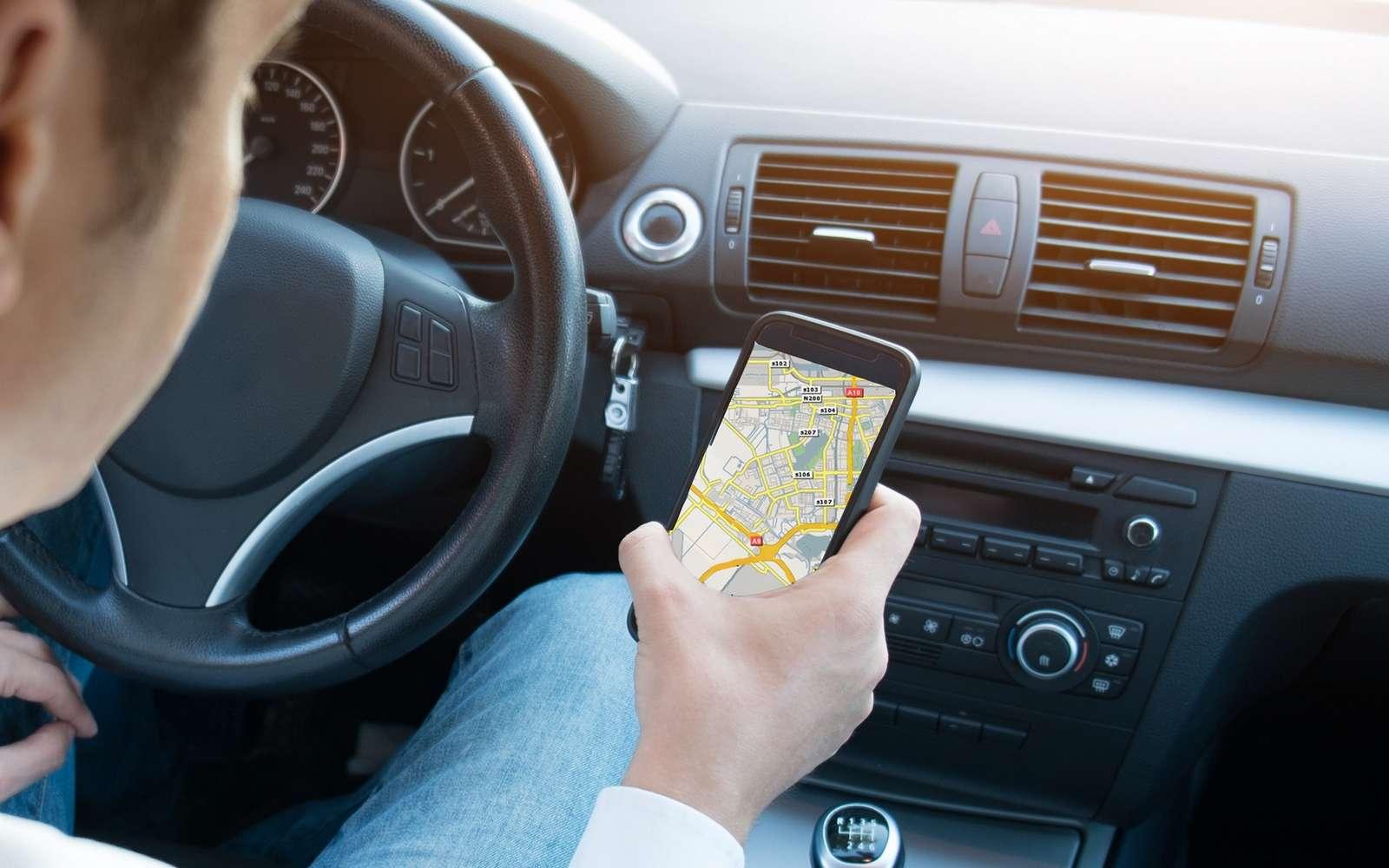 Le gain de précision des GPS de nos smartphones va principalement améliorer les services de navigation assistée. © Paolese, Fotolia