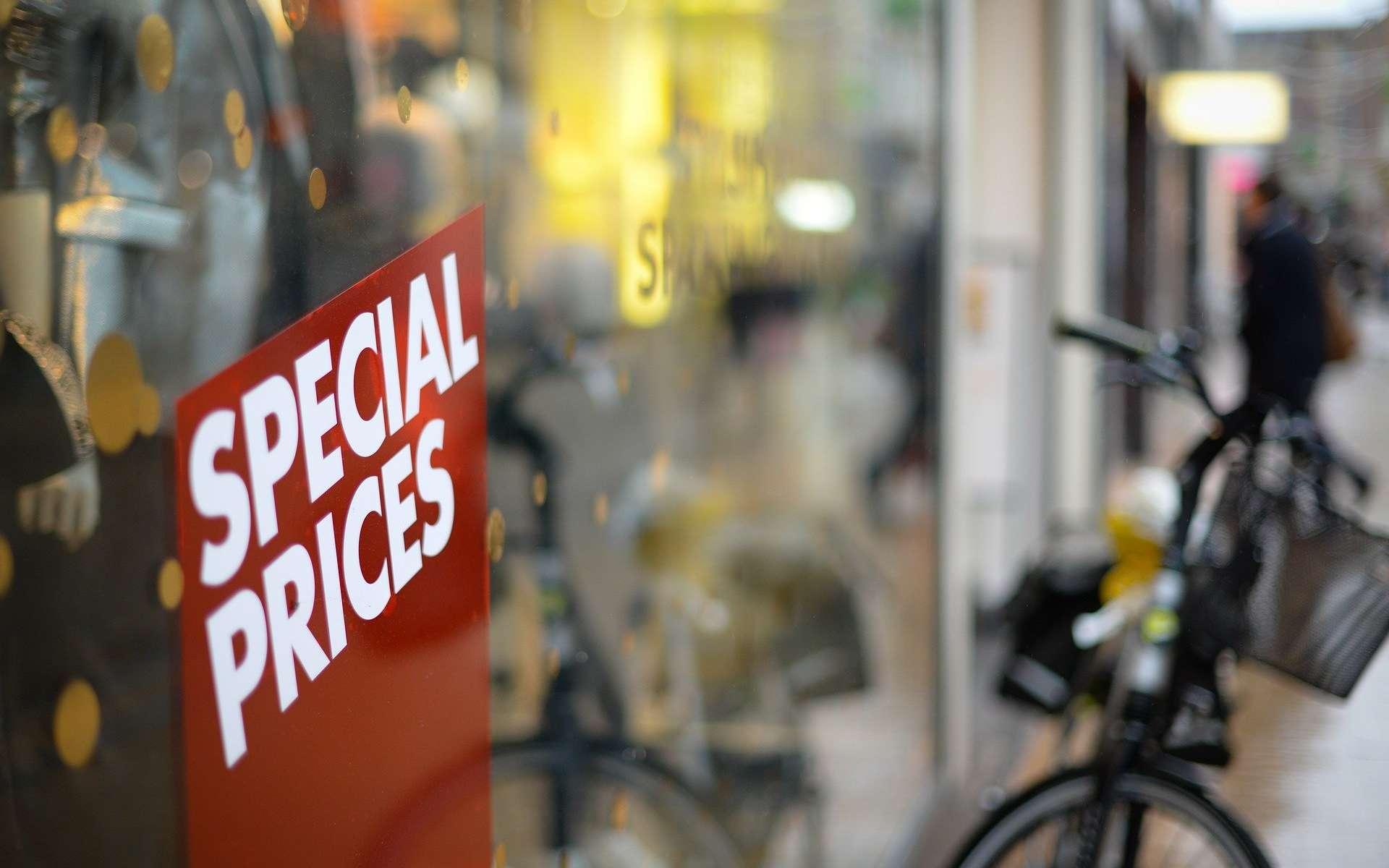 Des produits high-tech à prix cassés chez RueDuCommerce à l'occasion des soldes © Rudy and Peter Skitterians, Pixabay