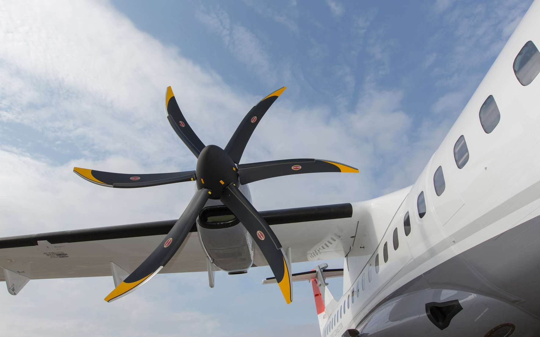 Réduire le poids de la batterie et de sa motorisation permet à l'avion d'embarquer plus de charge utile ou d'augmenter son rayon d'action. © ATR