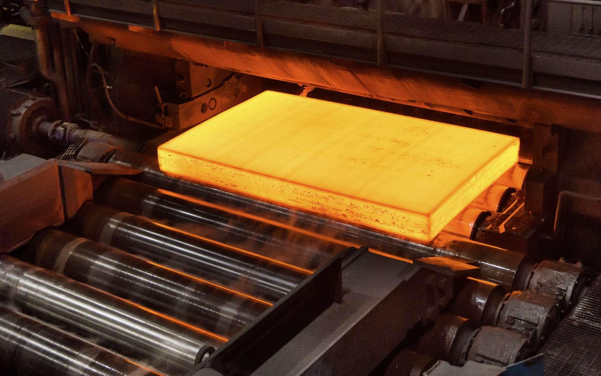 L'entreprise suédoise SSAB vient de livrer le tout premier acier entièrement fabriqué sans utiliser d'énergies fossiles. © SSAB