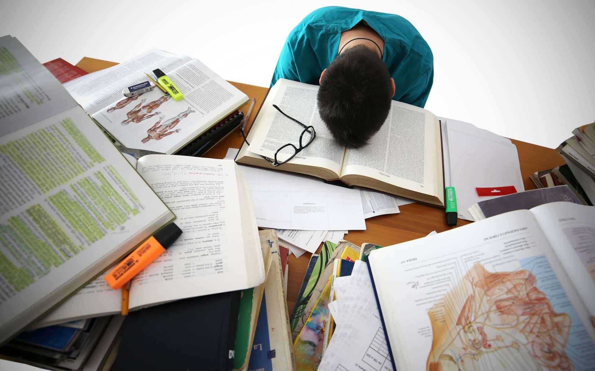 De nombreux doctorants présentent des symptômes de dépression. © REC and ROLL, Adobe Stock
