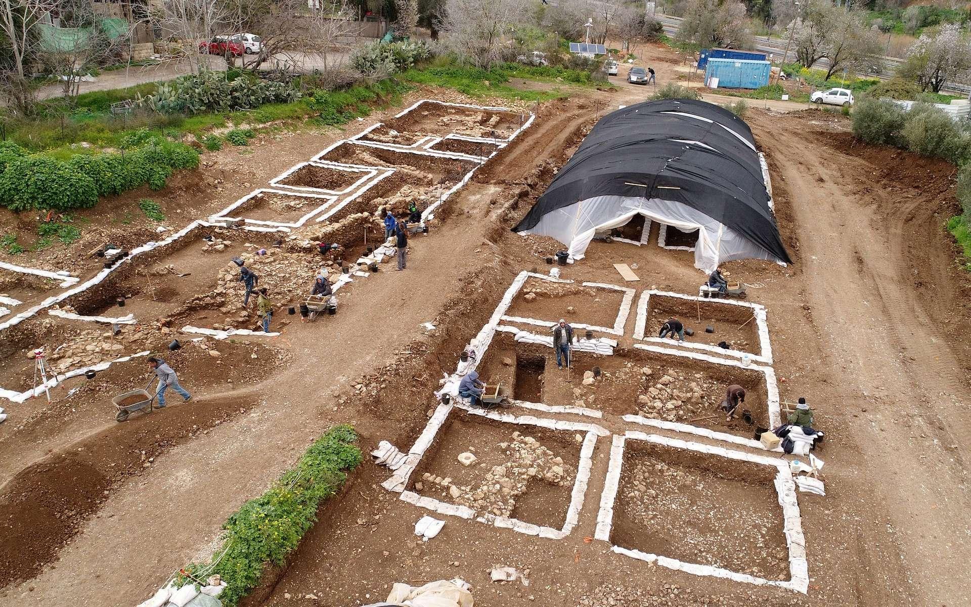 Une ville de 9.000 ans a été mise au jour près de Jérusalem en Israël. Ce devait être la plus grande ville du Moyen-orient à cette époque. © Israel Antiquities Authority