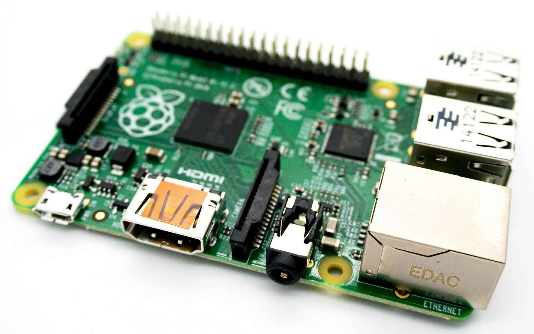 Le Raspberry Pi est le mini-ordinateur le plus populaire parmi la communauté des makers. Il s'est écoulé à plus de dix millions d'unités. © Kevinpartner, CC0 DP via Pixabay