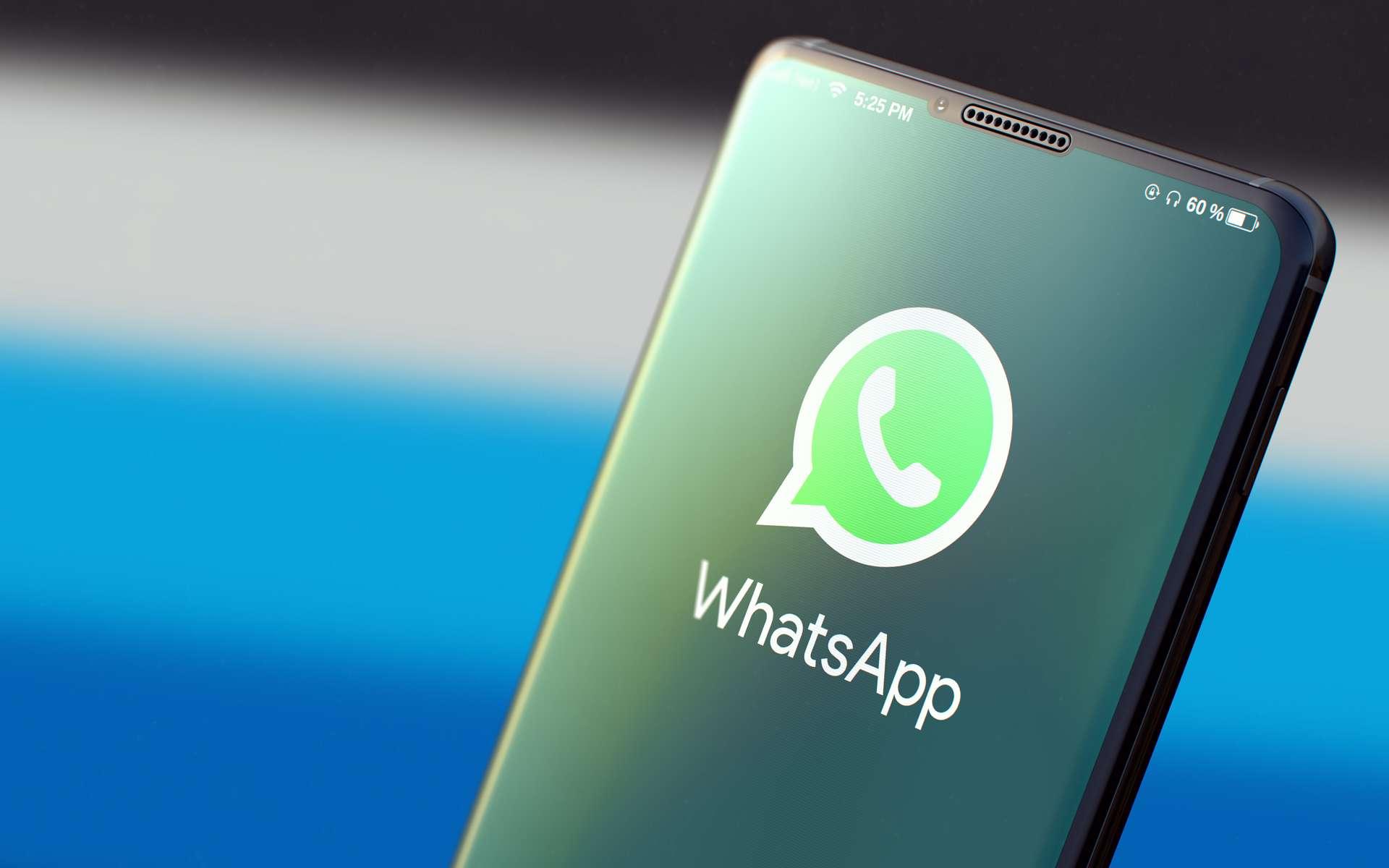 Whatsapp est une application de messagerie et de communication audio et vidéo disponible sur les smartphones, voire sur un ordinateur. © tashatuvango, Adobe Stock