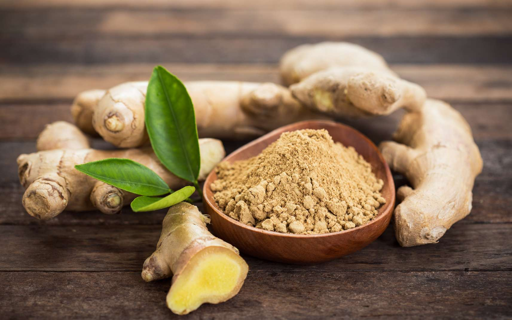 Le gingembre a de nombreuses vertus sur la santé. Vous pouvez le consommer réduit en poudre. © pilipphoto, Fotolia
