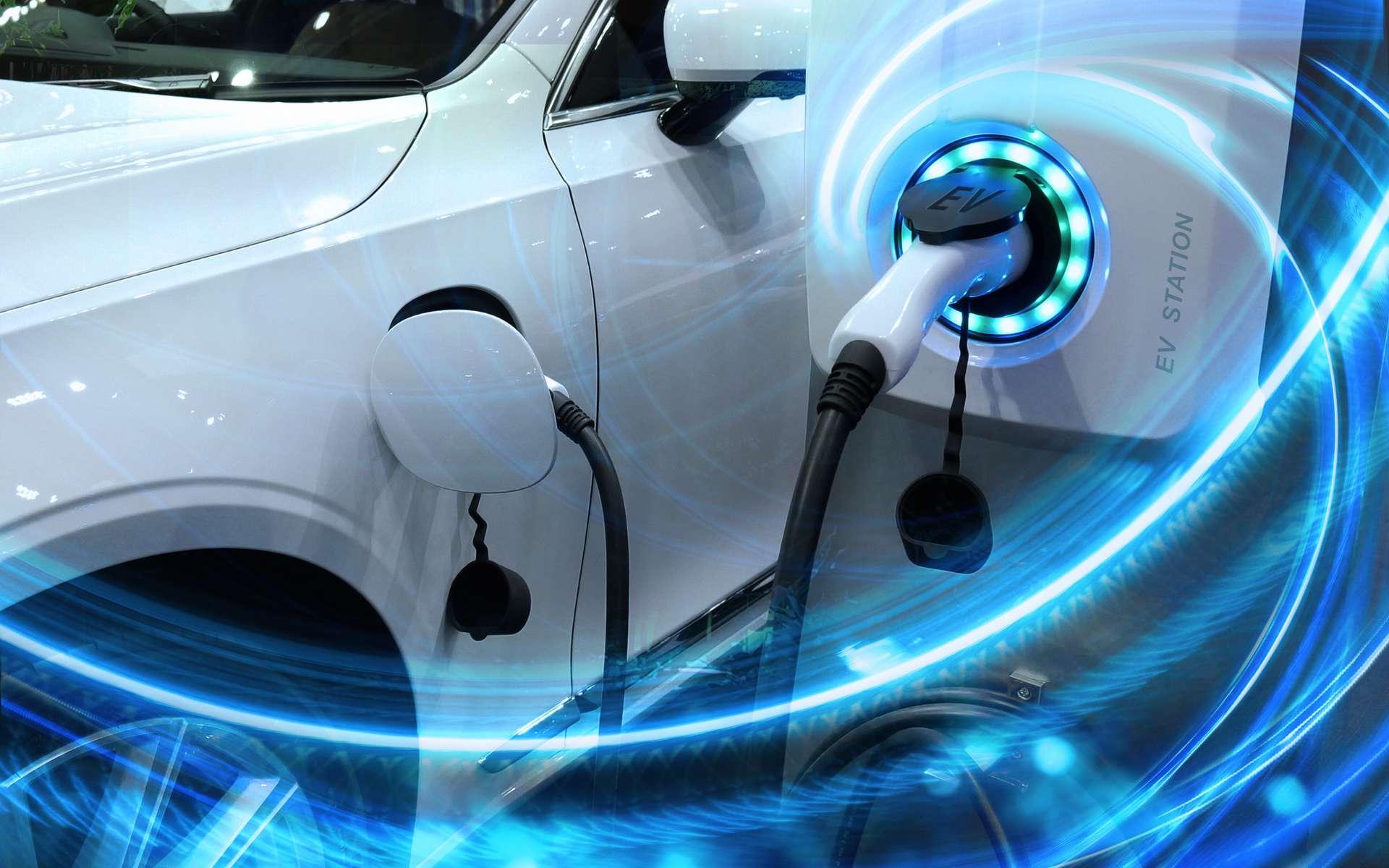 La recharge des véhicules électriques est l'un des principaux problèmes de ce type de véhicule : réseau de bornes de recharge, temps de chargement, etc. © Buffaloboy, Adobe Stock