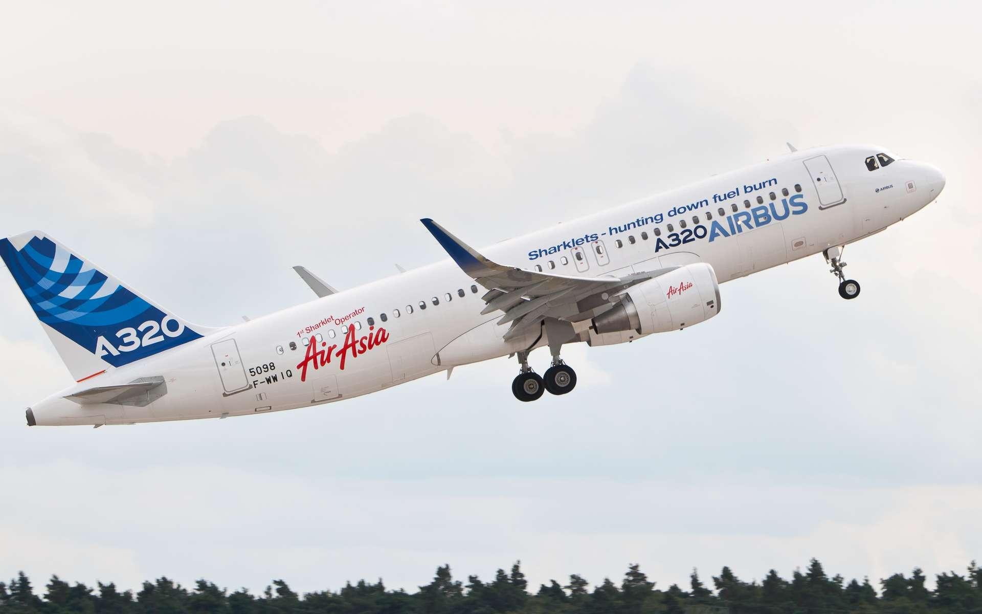 Un véritable A320 au décollage. Toutes les actions à mener et les réactions de l'appareil peuvent être simulées. © Julian Herzog, CC by 4.0