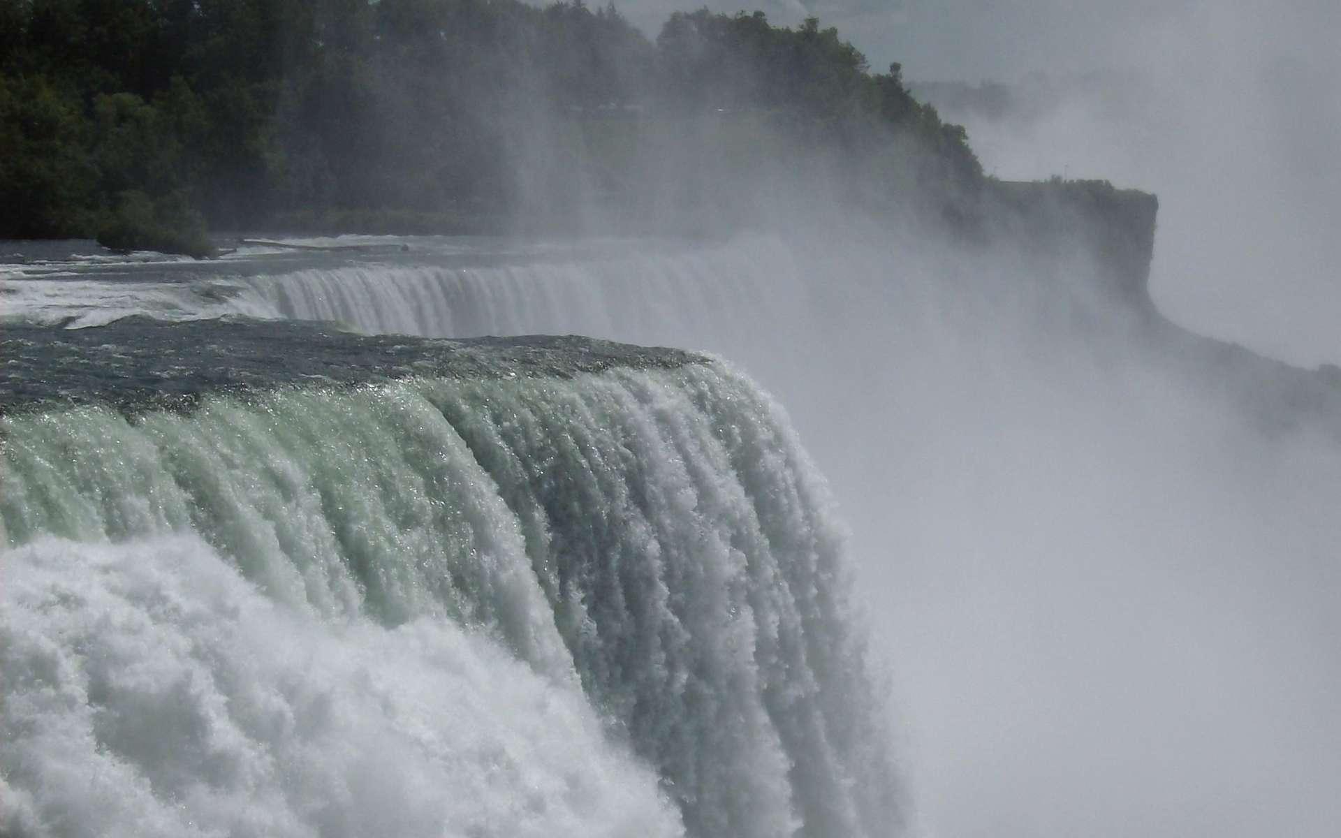 Les chutes du Niagara à la frontière entre le Canada et les États-Unis. © Ian Peters, Flickr