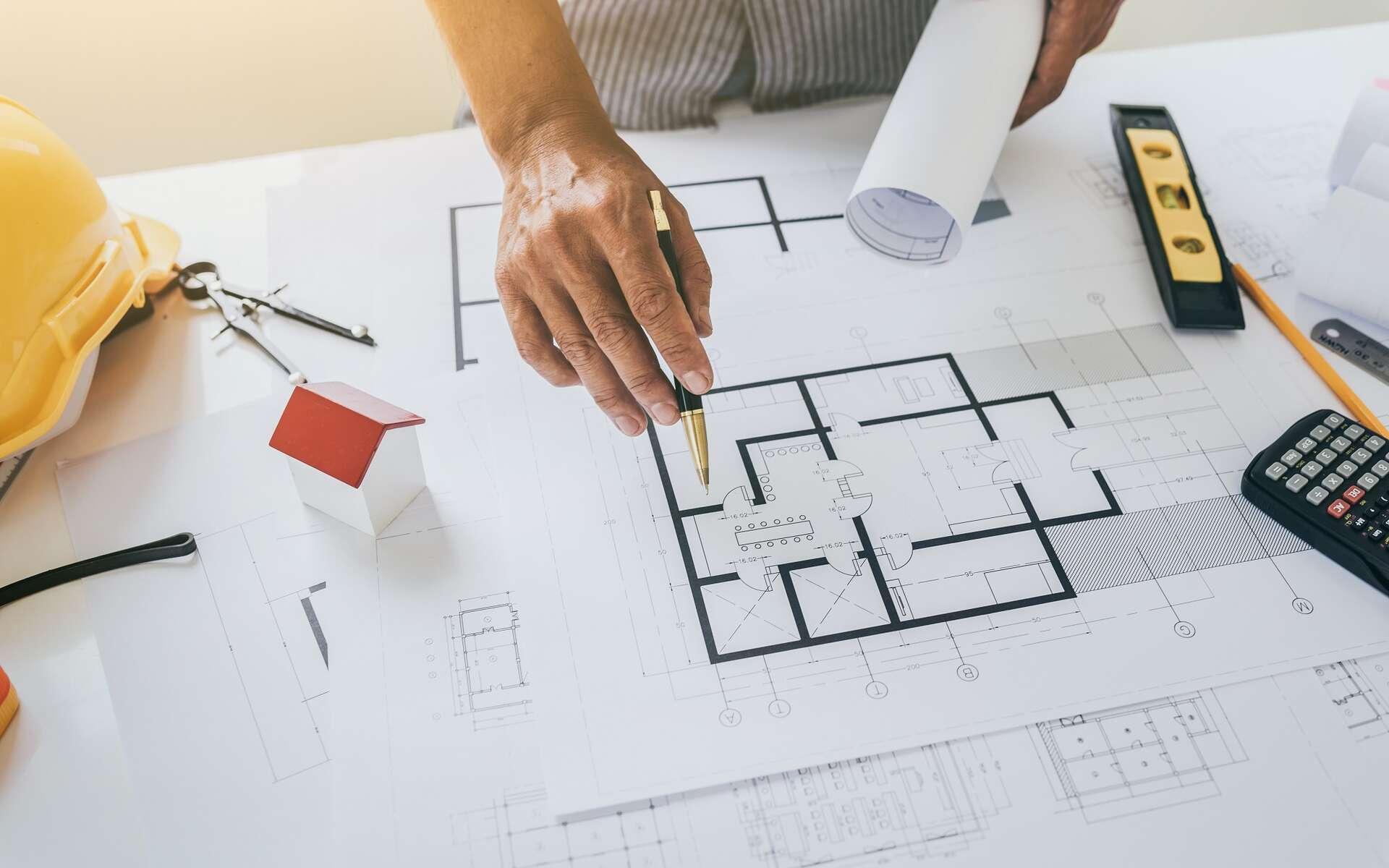 L'architecte peut être appelé pour dessiner des plans ou pour gérer un chantier dans son ensemble, de sa conception à sa livraison finale. © makibestphoto, Adobe Stock.