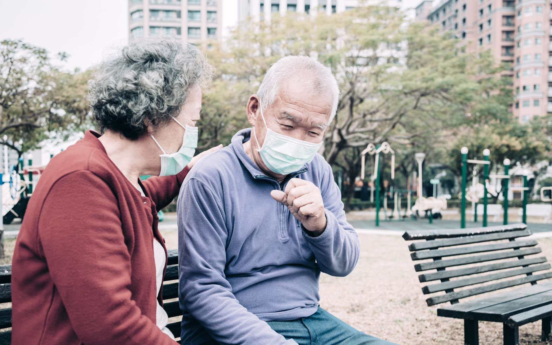 La susceptibilité au coronavirus augmente-t-elle avec l'âge ? © Tom Wang, Adobe Stock