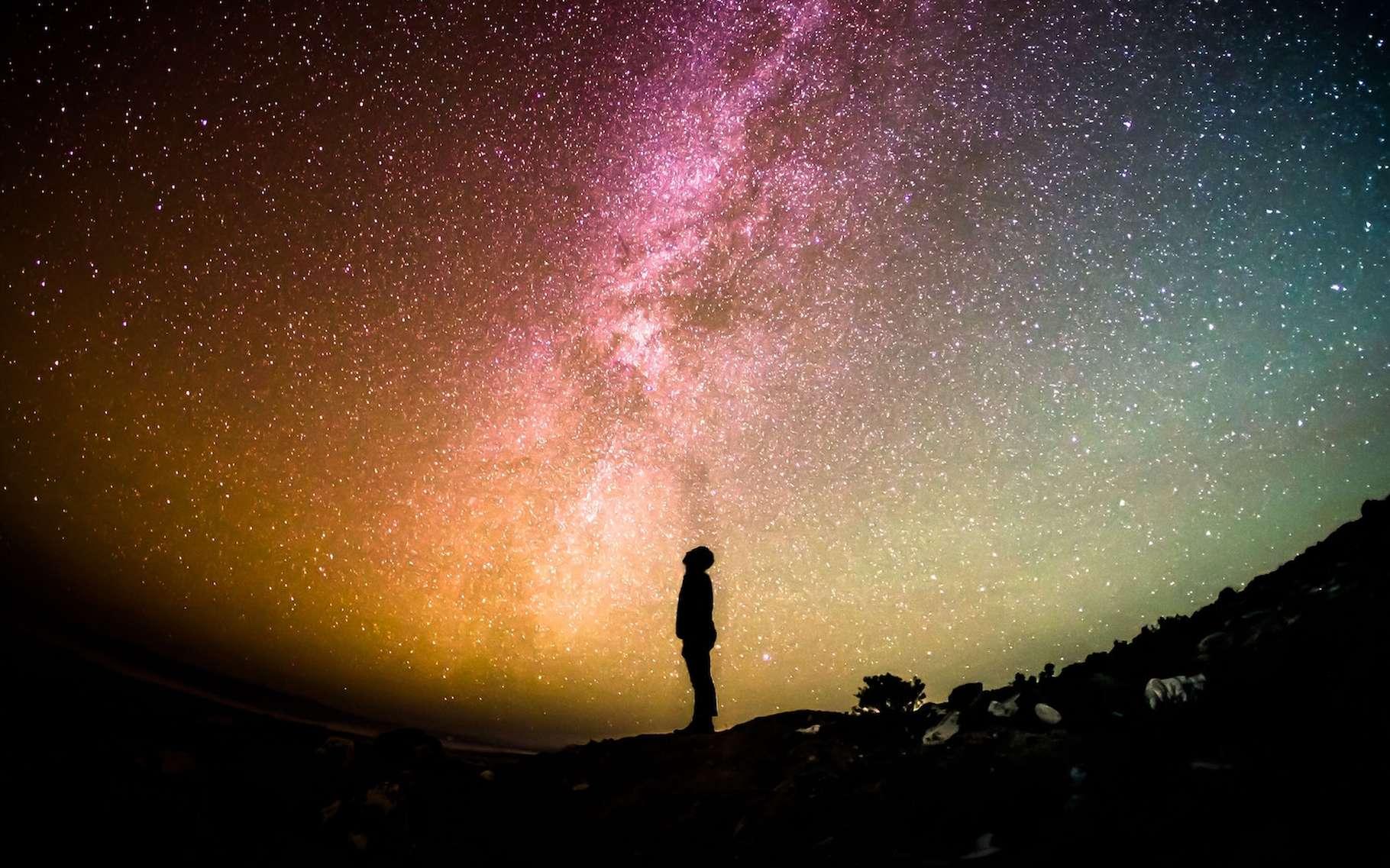 Un parsec correspond à la distance à laquelle doit se trouver une étoile pour avoir une parallaxe de 1 seconde d'arc. En fait, aucune étoile n'est aussi proche de la Terre. © Greg Rakozy, Unsplash