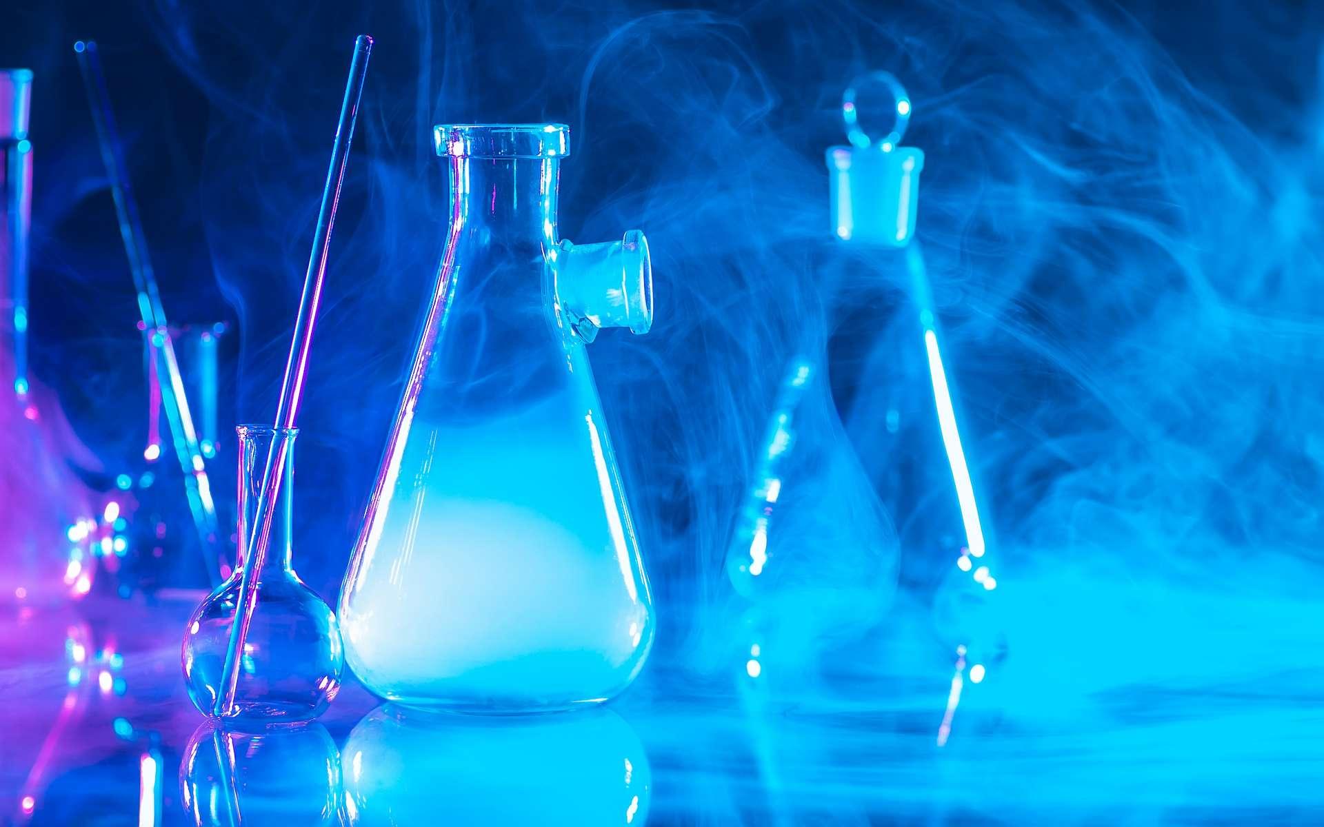 Le formaldéhyde est un gaz toxique et inflammable. © Grispb, Adobe Stock
