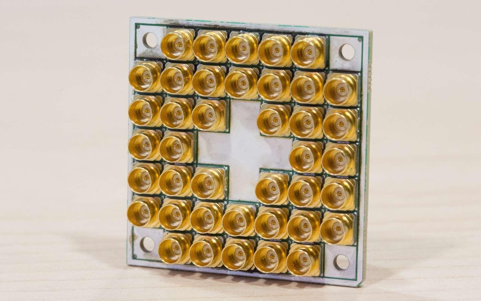 Le processeur à 17 quibits d'Intel. © Intel