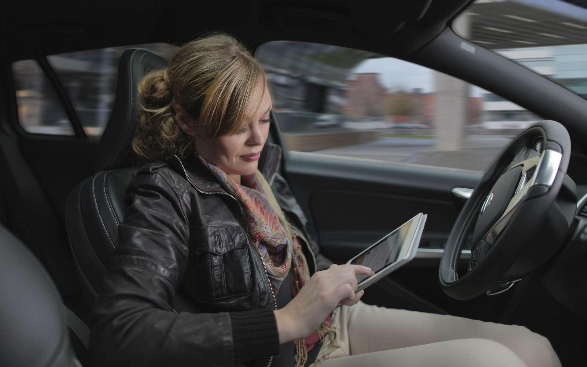 Le projet Drive Me de Volvo commencera l'année prochaine et s'étendra jusqu'en 2020. À partir de 2017, une centaine de voitures autonomes seront mises en circulation dans un périmètre de 50 km autour de la ville de Göteborg, en Suède. Volvo pense pouvoir commercialiser ce type de voiture entre 2018 et 2020. © Volvo