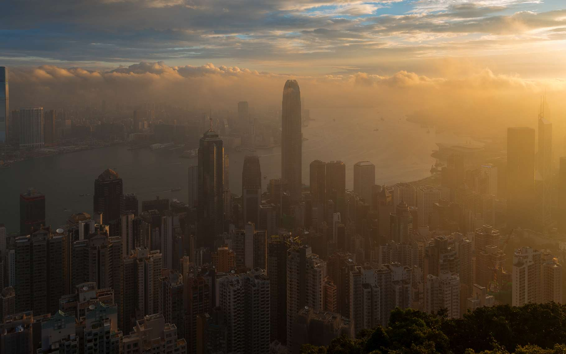 La pollution atmosphérique rend la population urbaine plus fragile. Elle est responsable de plusieurs millions de décès chaque année. © idreamipursue, Shutterstock