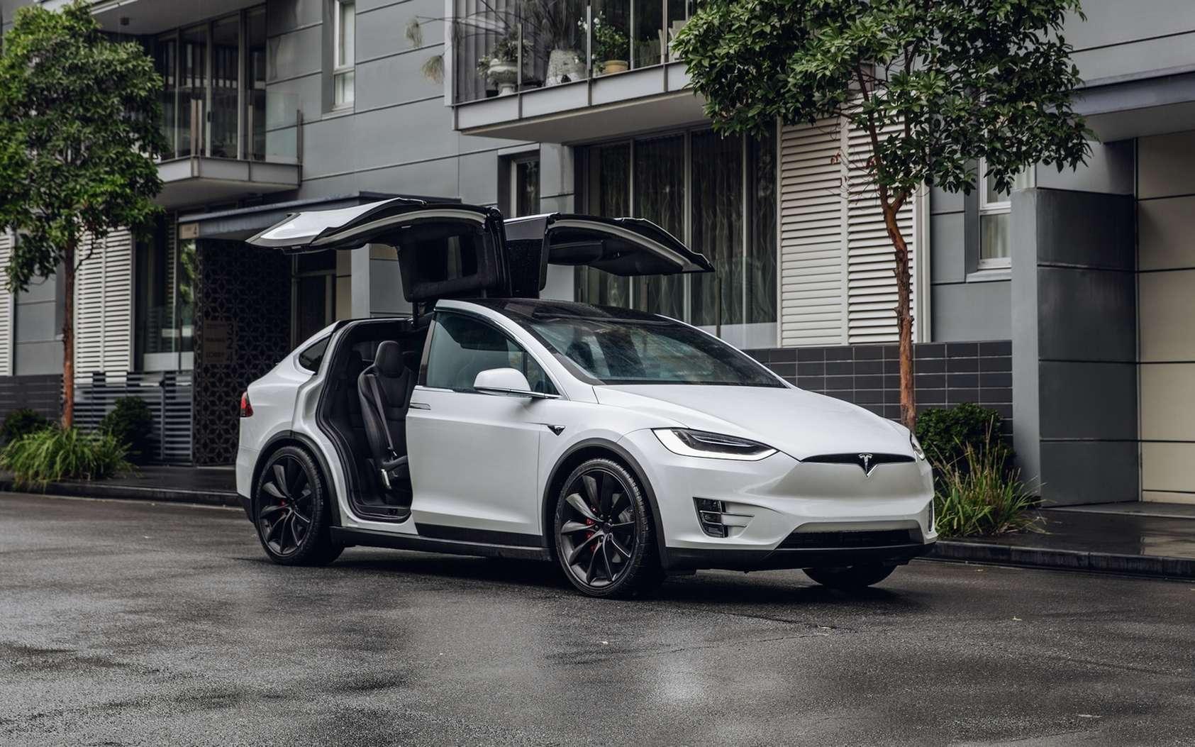 La Tesla Model X est le SUV électrique haut de gamme de la marque. © Tesla