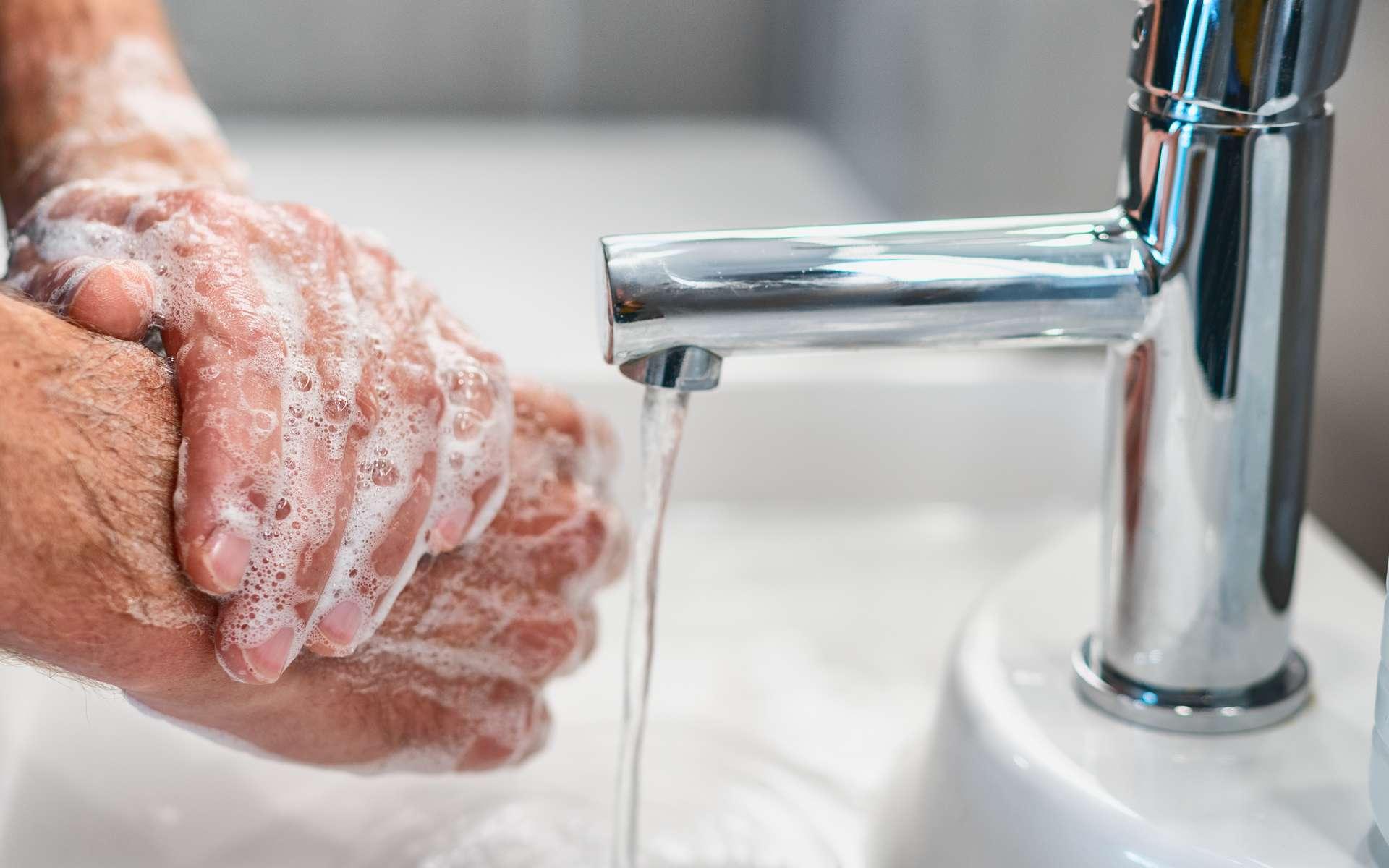 Se laver les mains est essentiel pour se protéger de l'épidémie de coronavirus. © Maridav, Adobe Stock