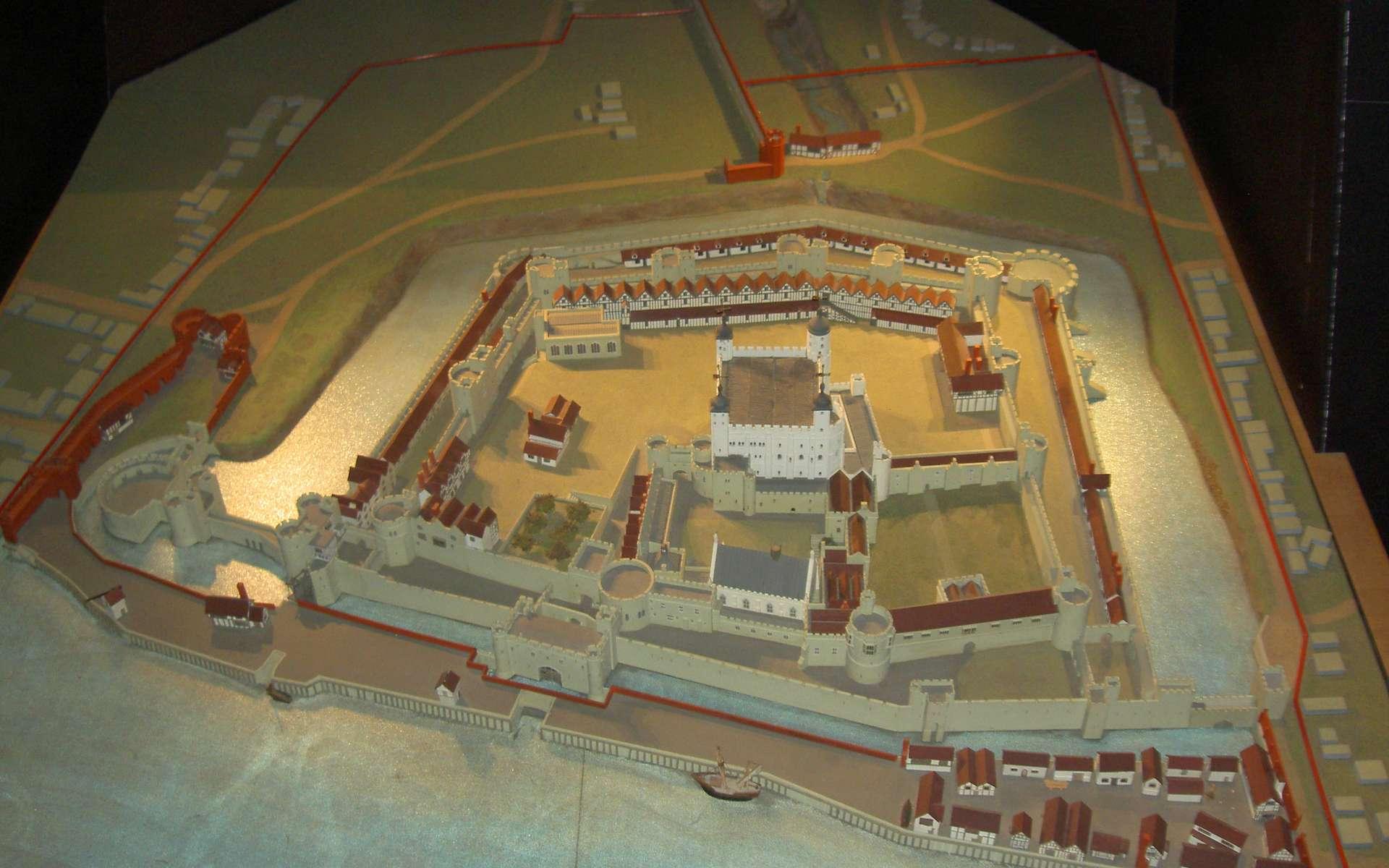 Le plan-relief est la représentation d'une construction sous forme de maquette. © Onofre_Bouvila, CC BY 2.5, Wikimedia Commons