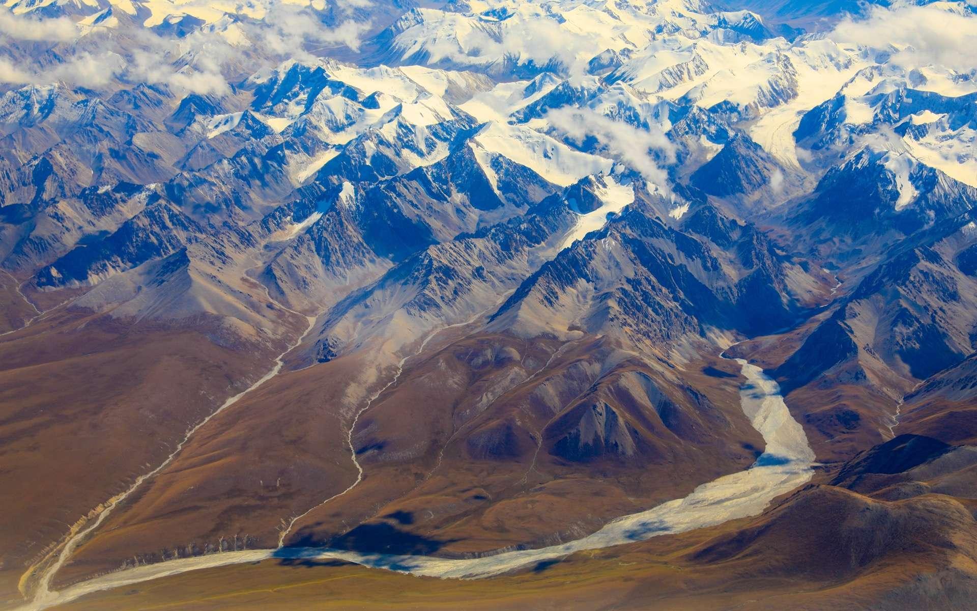 Les montagnes de Tian Shan, en Chine. © Xiaoming Wang, CC by-ND 3.0, imaggeo.egu.eu