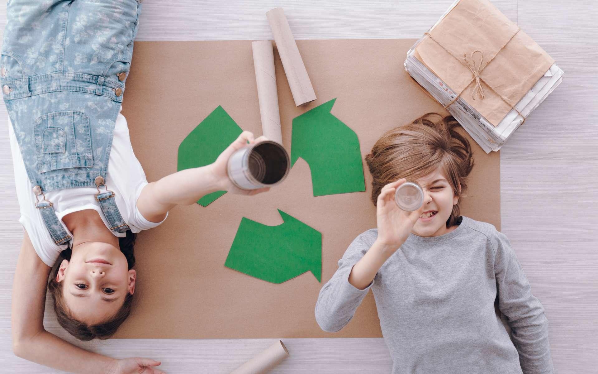 Comment trier correctement ses déchets papiers ? © Photographee.eu, Adobe Stock