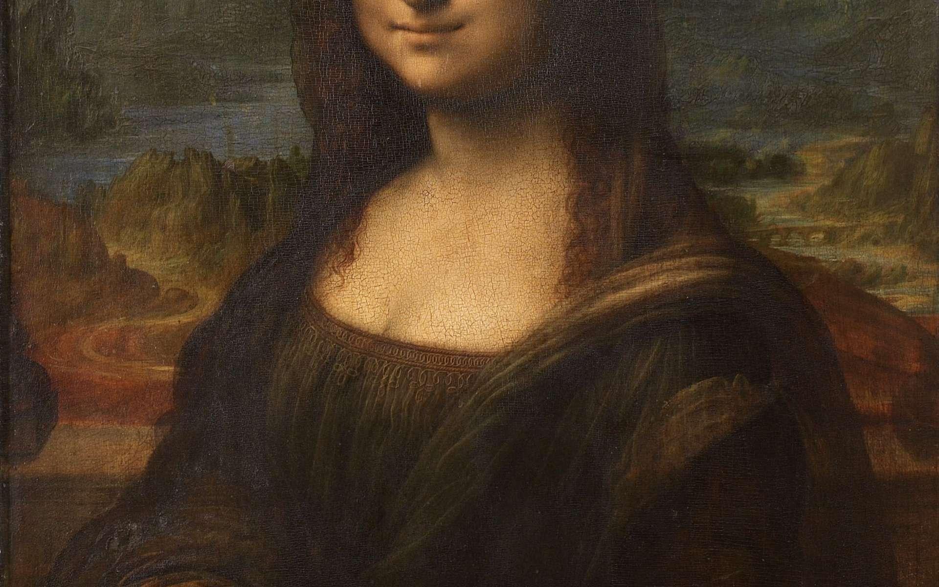 Sur son portrait de Mona Lisa, Léonard a apposé plusieurs couches sur la toile, notamment un glacis, pour adoucir certains contours (le sfumato), et un vernis de protection. © Licence Creative Commons