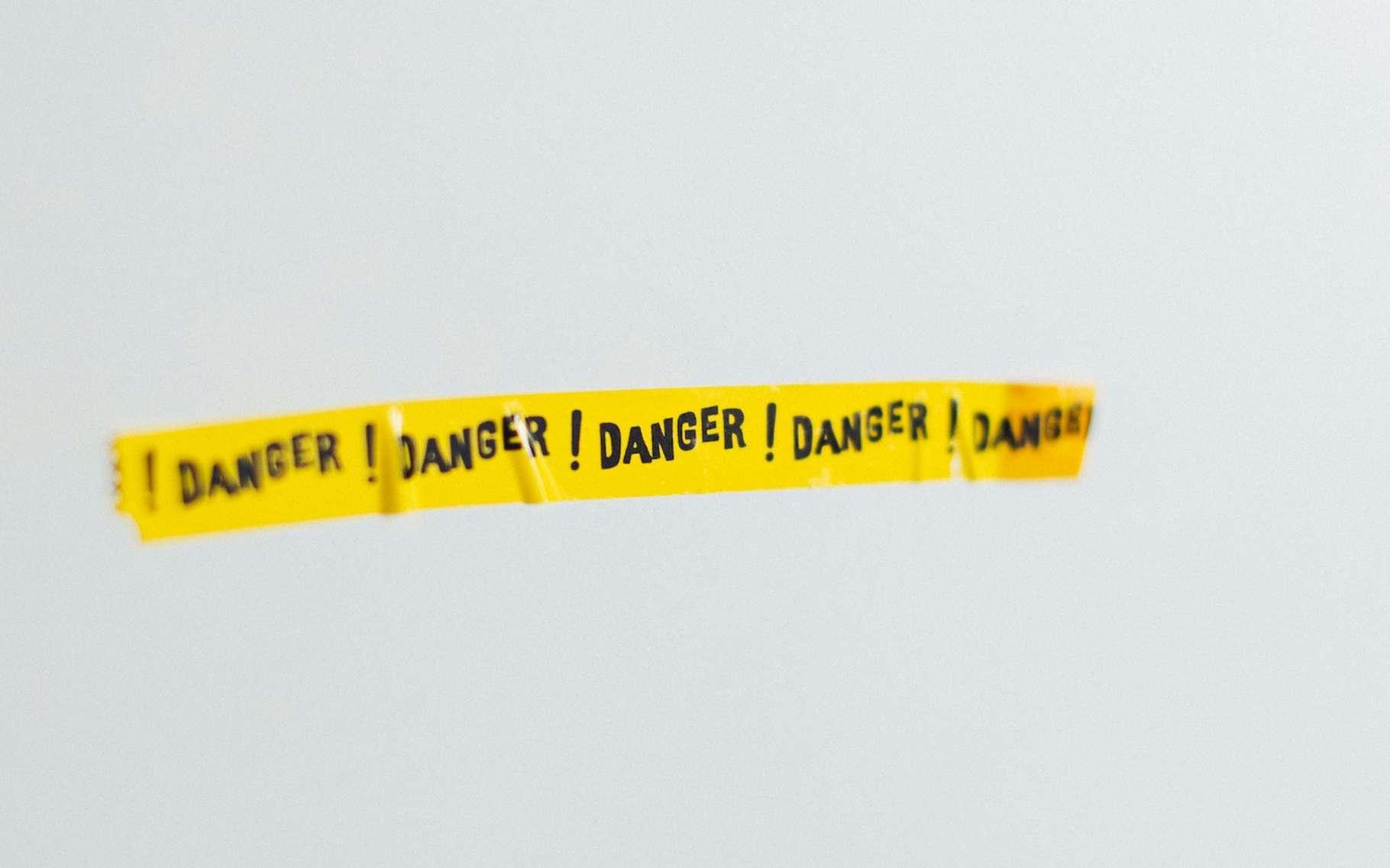 L'étude d'impact arrive en amont du projet, l'étude de danger est conduite en phase d'exploitation et régulièrement réévaluée. © Markus Spiske, Unsplash