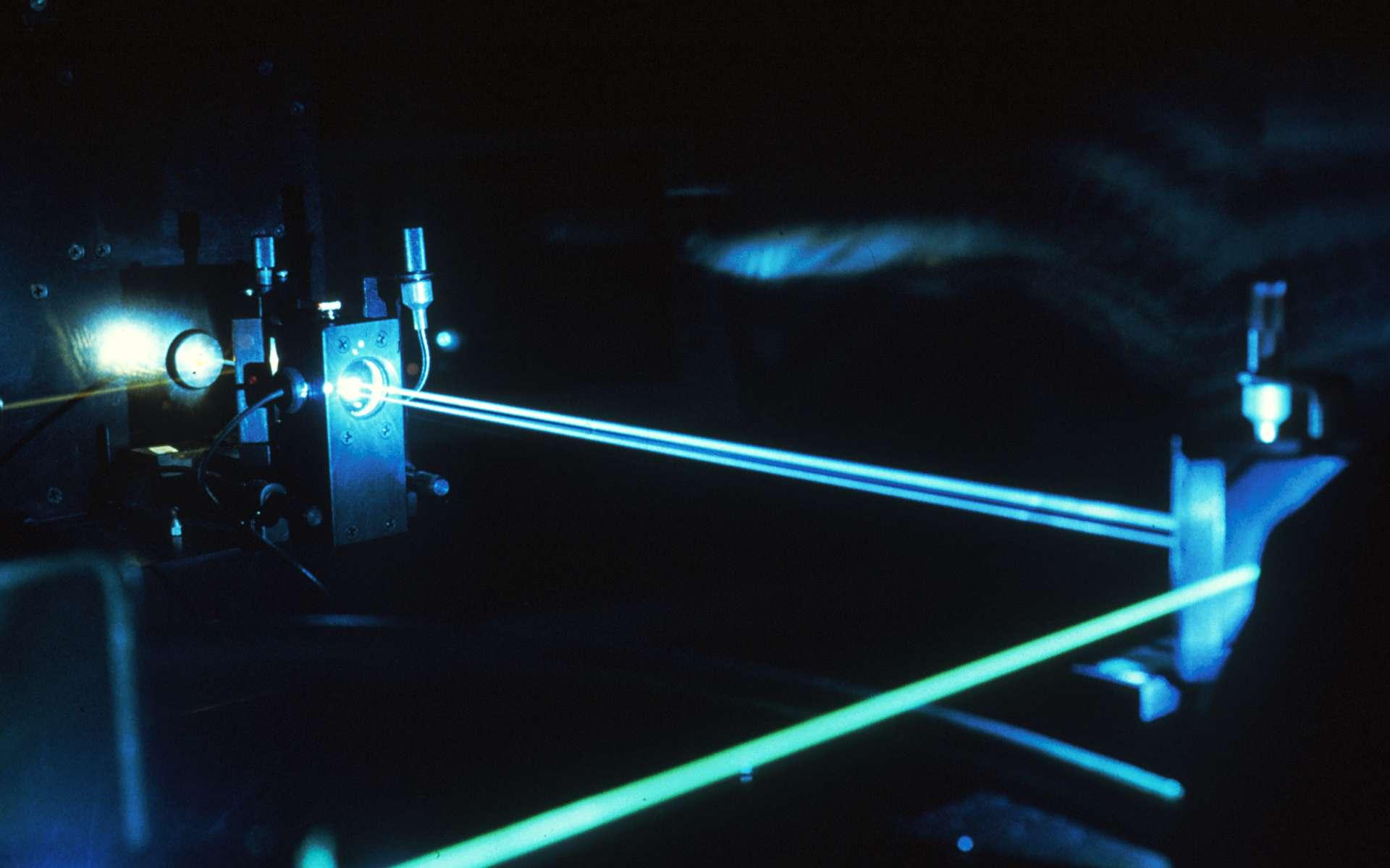 Le laser est déjà utilisé dans le domaine médical mais refroidir un liquide grâce au laser est une première qui pourrait ouvrir la porte à de nombreuses applications. © National Cancer Institute, Wikimedia Commons, DP