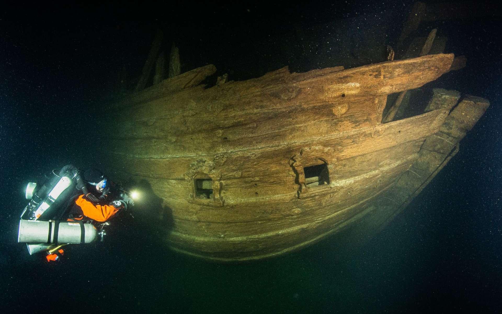 Un navire marchand du XVIIe siècle, découvert dans les eaux de la mer Baltique. © Badewanne Explorations