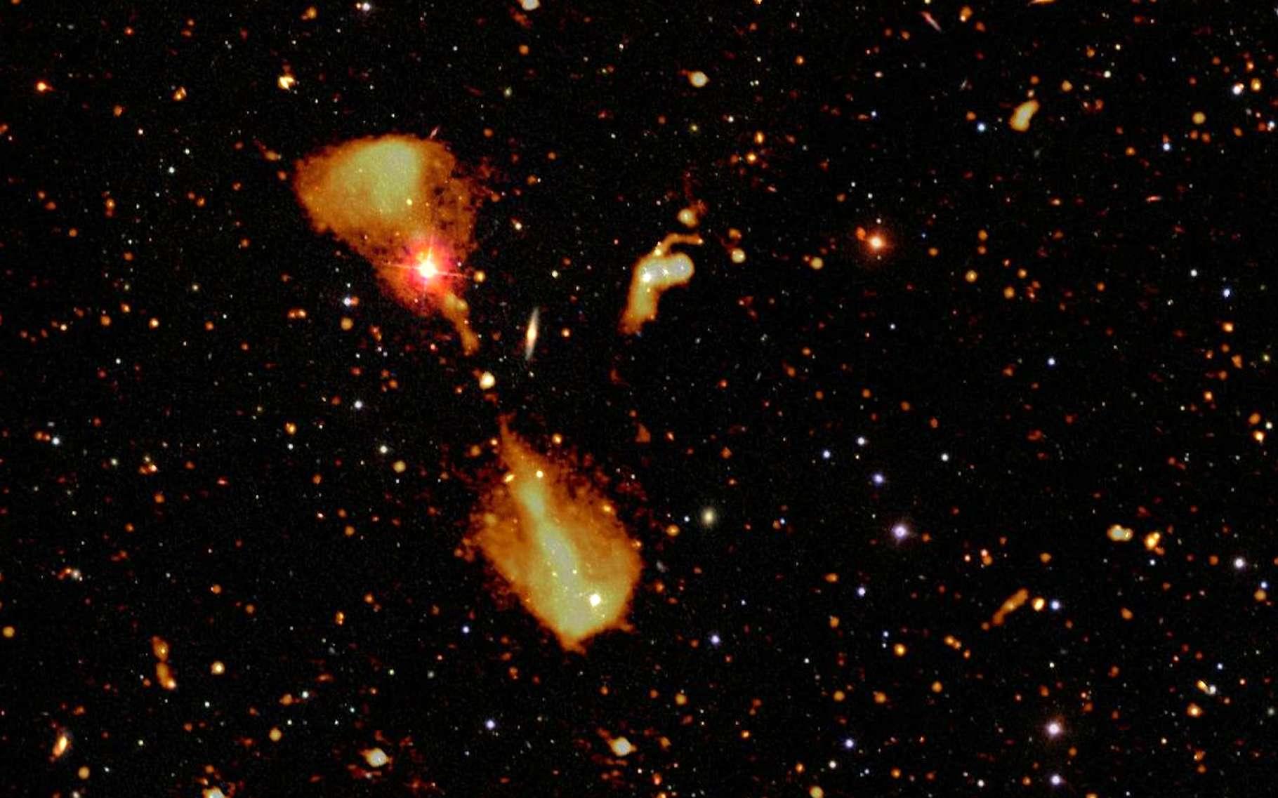 Sur cette image, des radiogalaxies dévoilées par l'International Low Frequency Array (Lofar) et superposées avec une image optique de la même région du ciel. © Cyril Tasse, Lofar Surveys Team