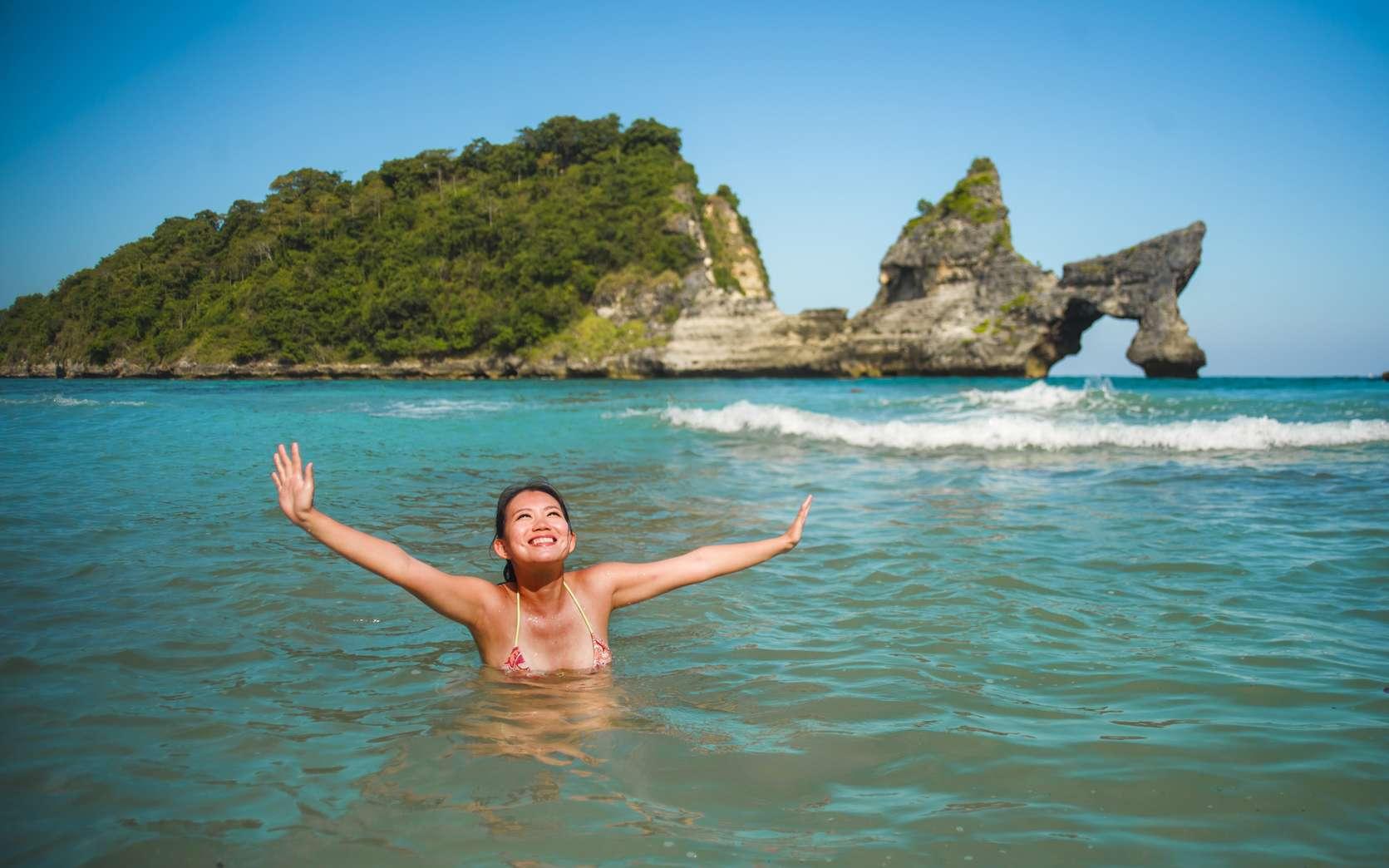 Les bénéfices naturels de l'eau de mer sur la peau sont exploités en thalassothérapie. © TheVisualsYouNeed, Fotolia