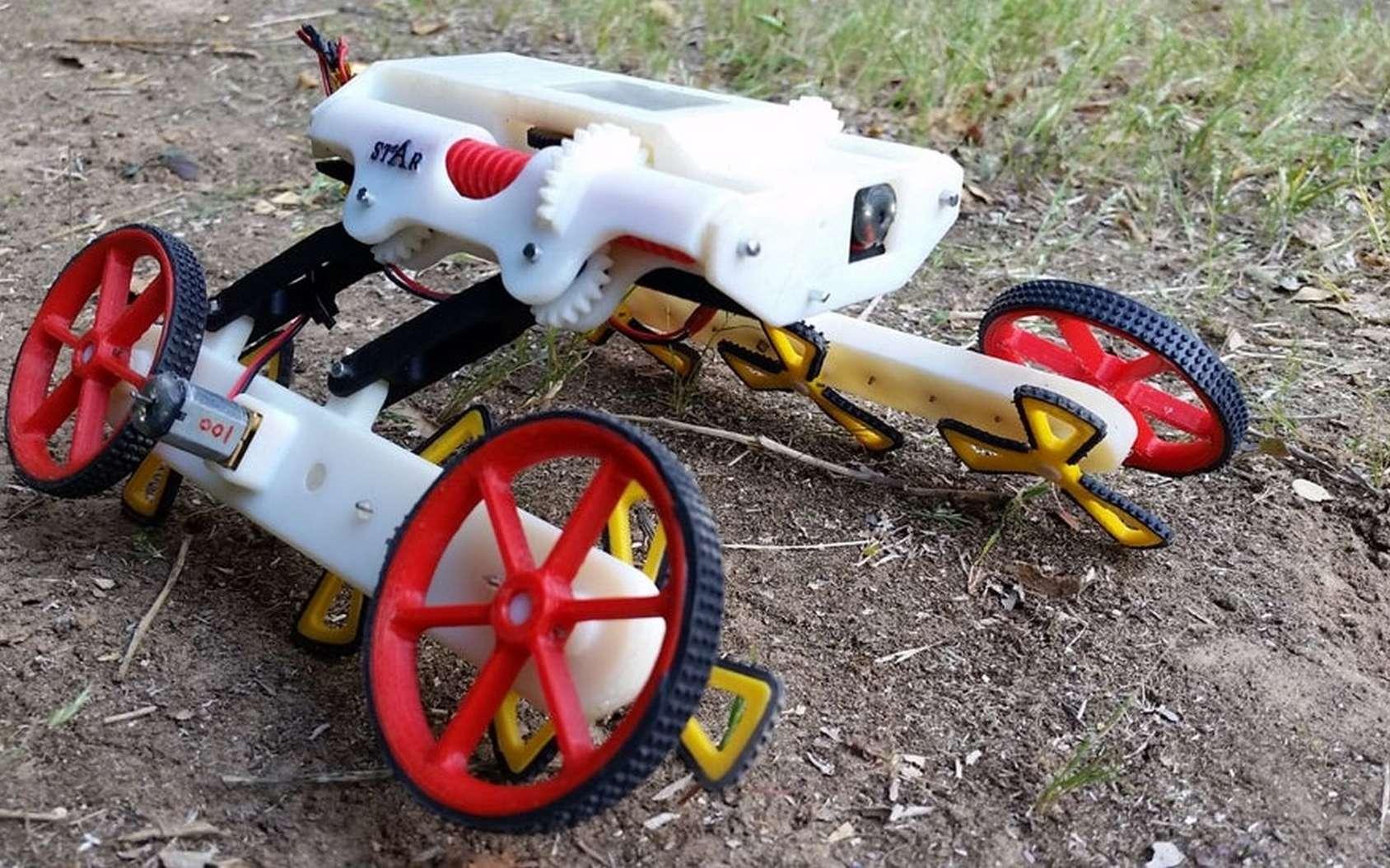 Le robot Rising Star et ses deux types de roues pour s'adapter à tous les terrains. © Zarrouk lab, Ben-Gurion University of the Negev