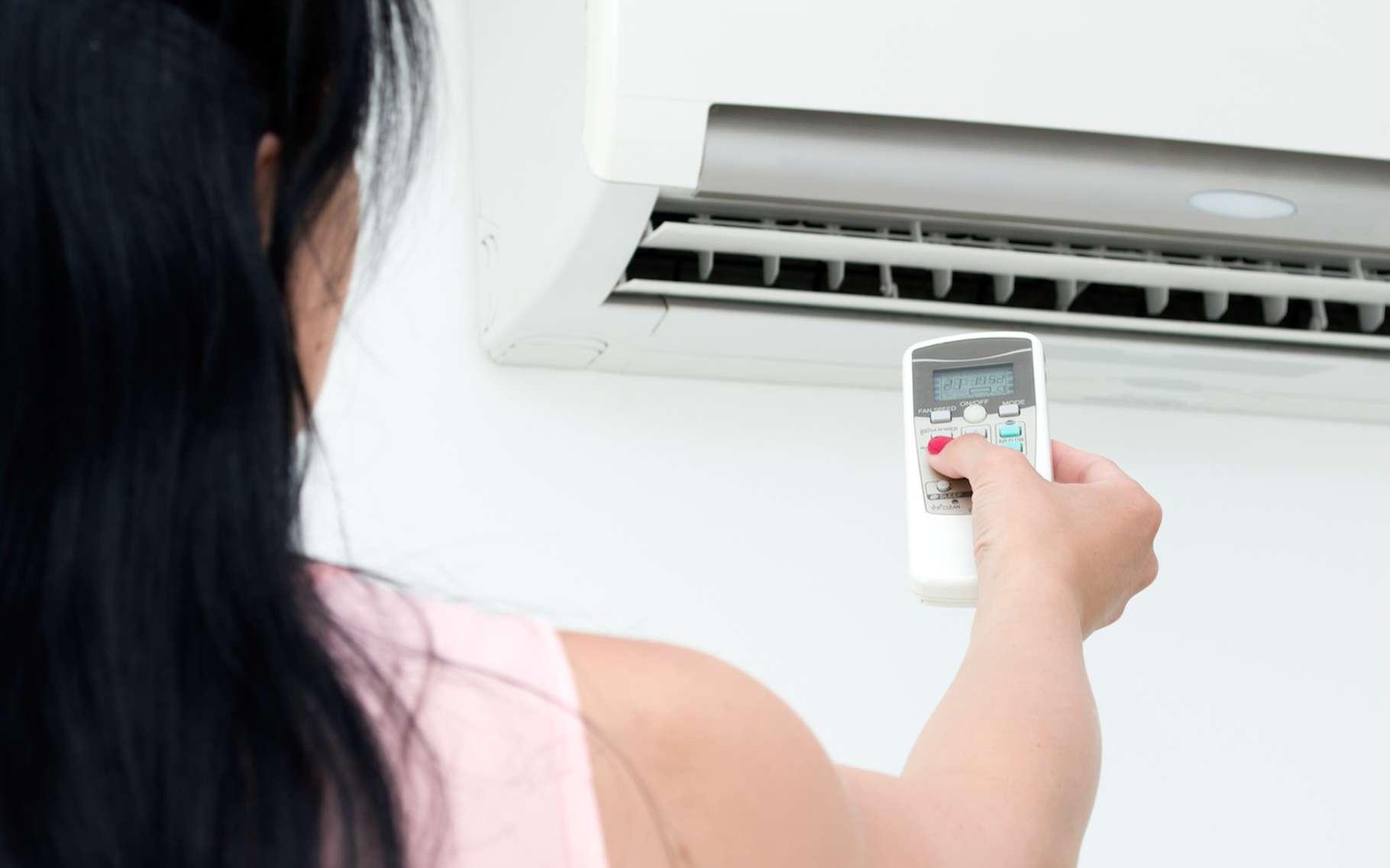 Pousser le bouton de son système de climatisation n'est pas sans conséquence sur l'environnement. © Daniel Krason, Fotolia