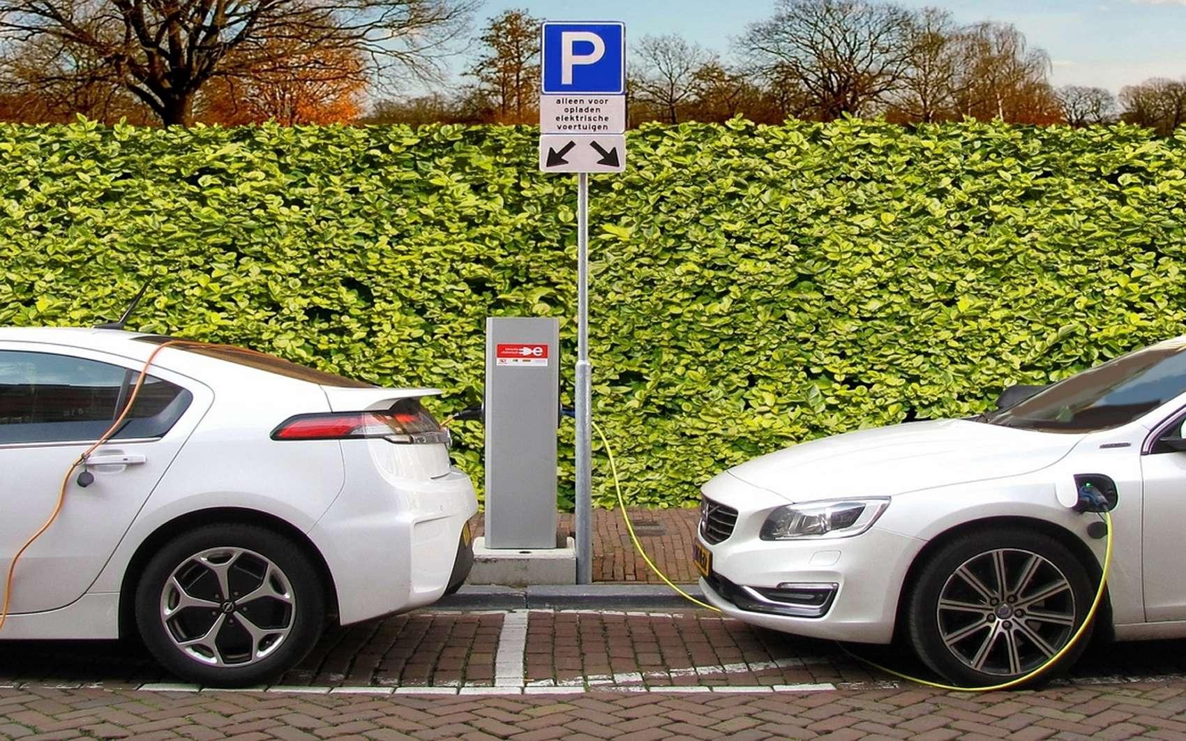 Top 10 des voitures les moins consommatrices. @ Joenomias, Pixabay