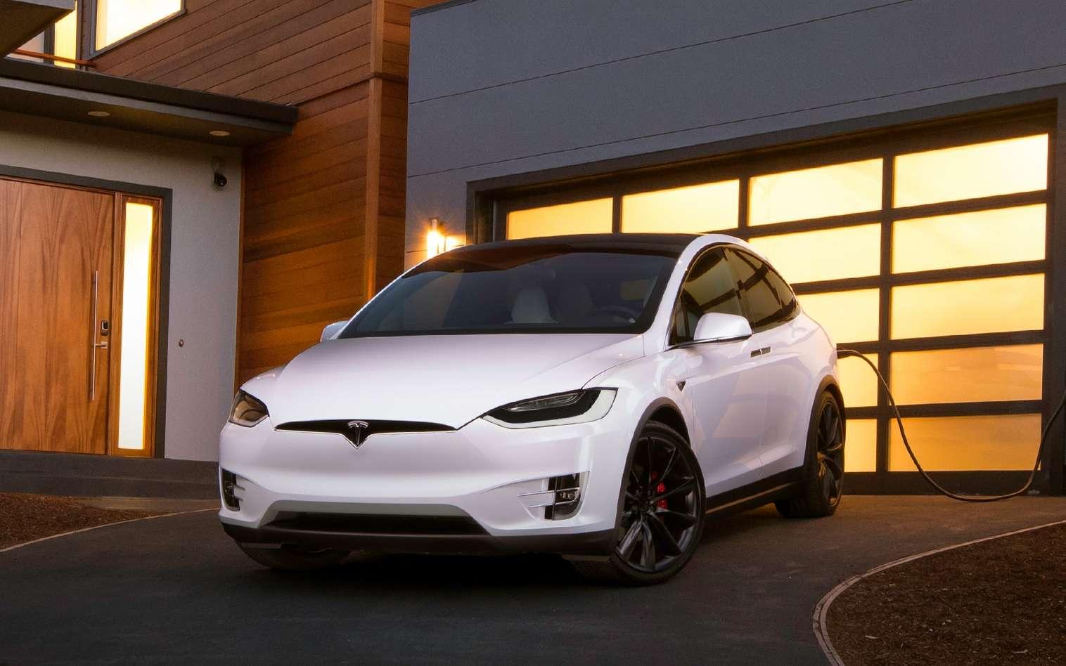 Le Vehicle to Grid, ou la restitution de l'énergie d'une voiture électrique dans le réseau, sera peut-être prochainement possible chez Tesla. © Tesla