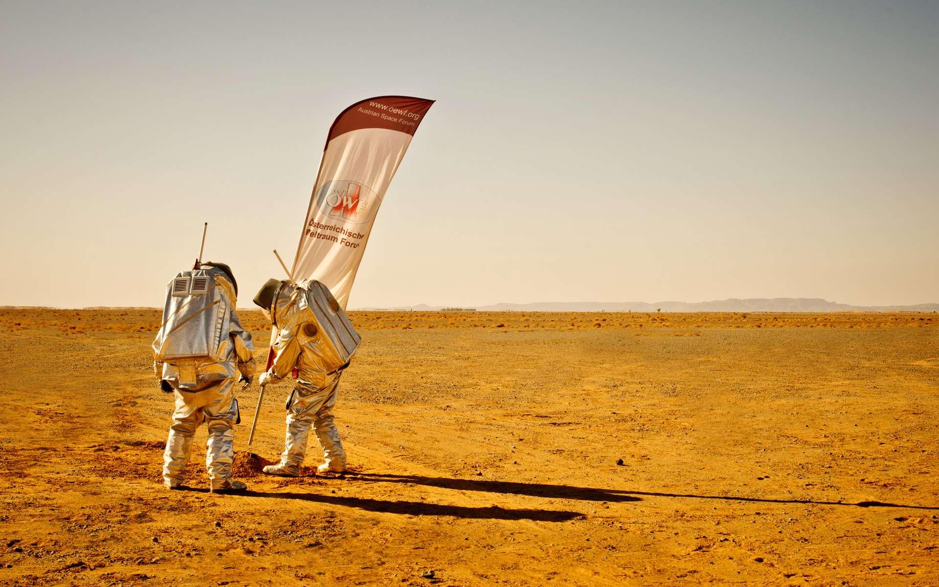 Le Forum autrichien de l'espace (ÖWF), une association de volontaires du spatial et dirigée par des professionnels du domaine, a réalisé pendant un mois au Maroc une série d'expérimentations et de simulations d'activités martiennes (humaines et robotiques). © ÖWF, Katja Zanella-Ku