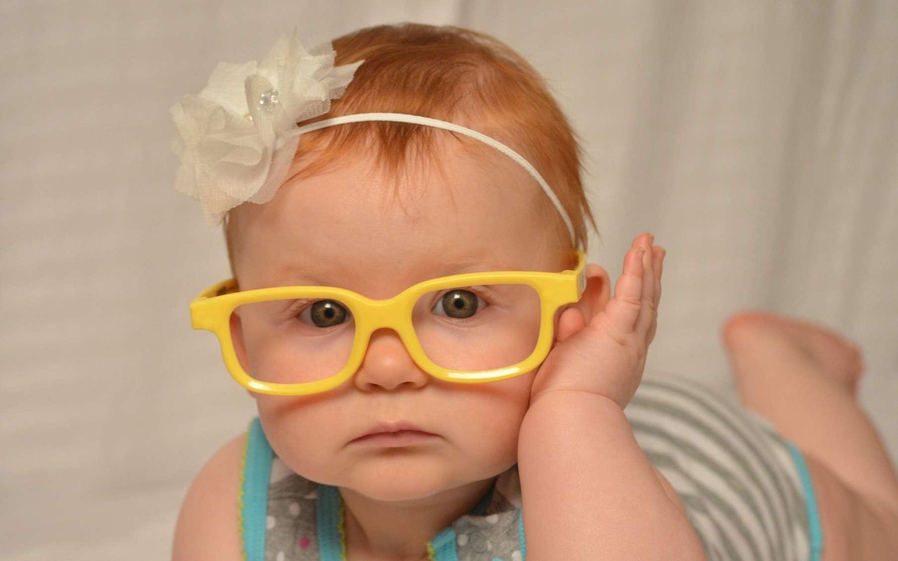 À la naissance, l'acuité visuelle des bébés est faible. Elle s'affine dans les premiers mois de la vie. © logesdo, Pixabay, CC0 Creative Commons