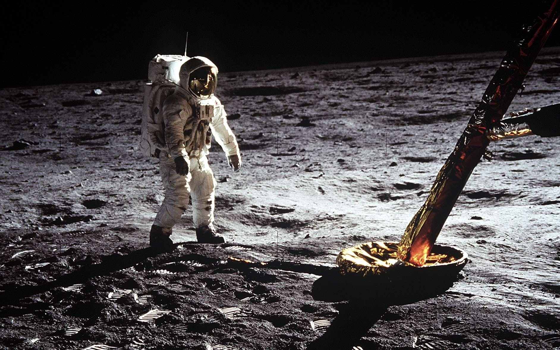 Pour se rendre compte des dimensions exactes de la capsule de la mission Apollo 11, Google propose de la visualiser dans sa représentation 3D en réalité augmentée. © Nasa