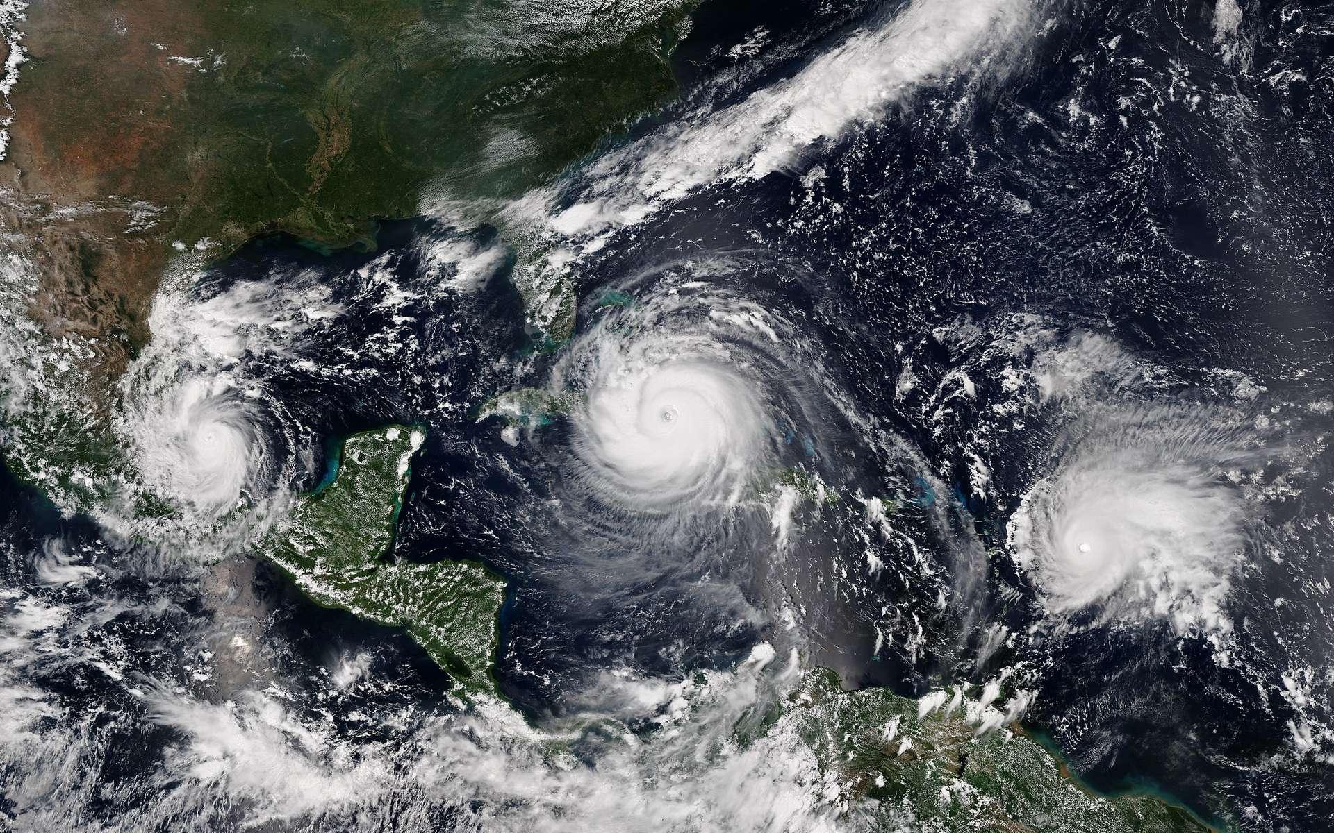 Quels évènements clés ont marqué l'actualité environnement en 2017 ? La saison des ouragans fut particulièrement intense dans l'Atlantique Nord. Ici, les ouragans Irma, Katia et José, le 8 septembre 2017. © NPP, NOAA