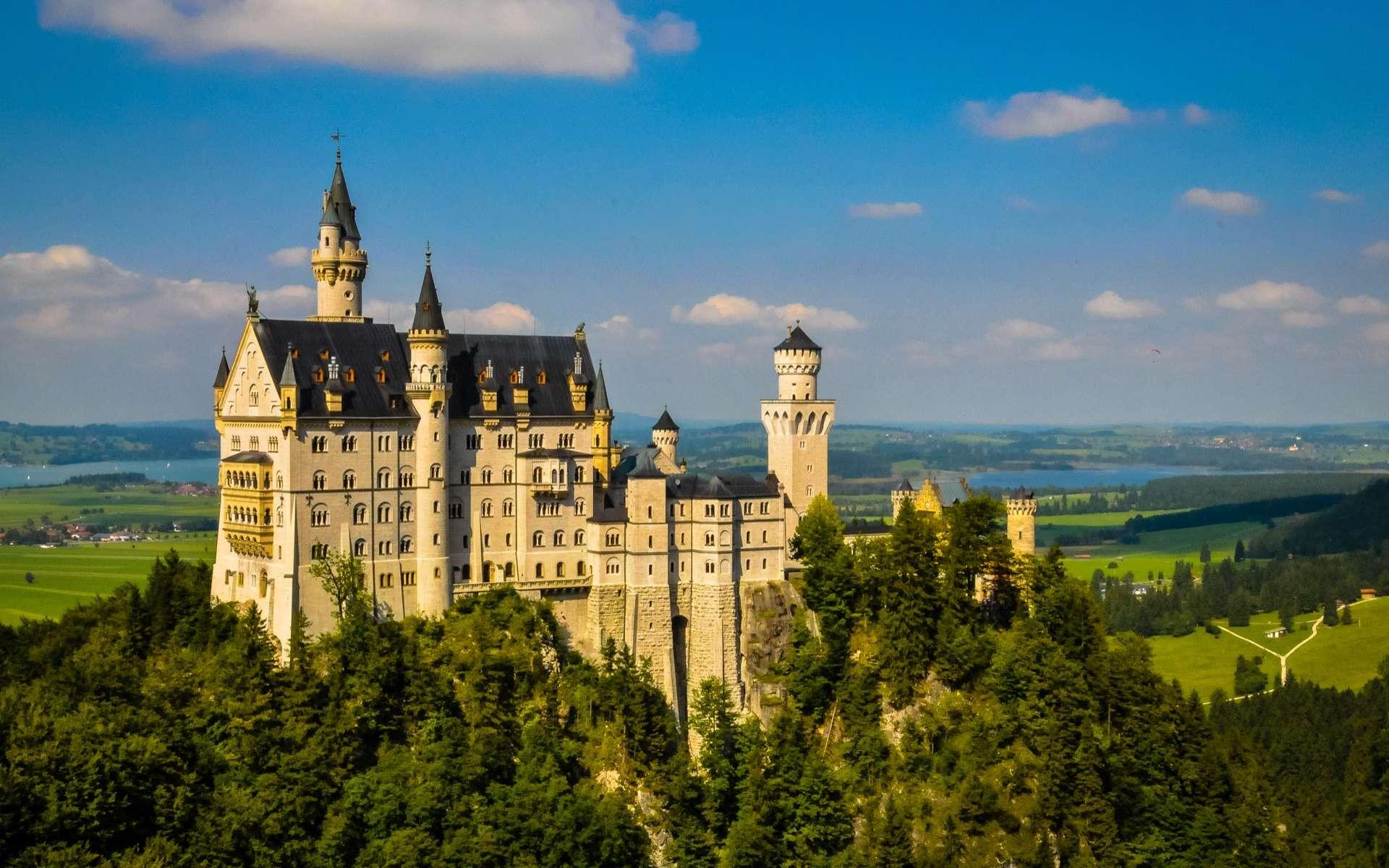 Le château de Neuschwanstein, ouvert au public en 1886, est l'un des plus visités d'Europe. © Heribert Pohl, Wikimedia Commons, by-sa CC 2.0