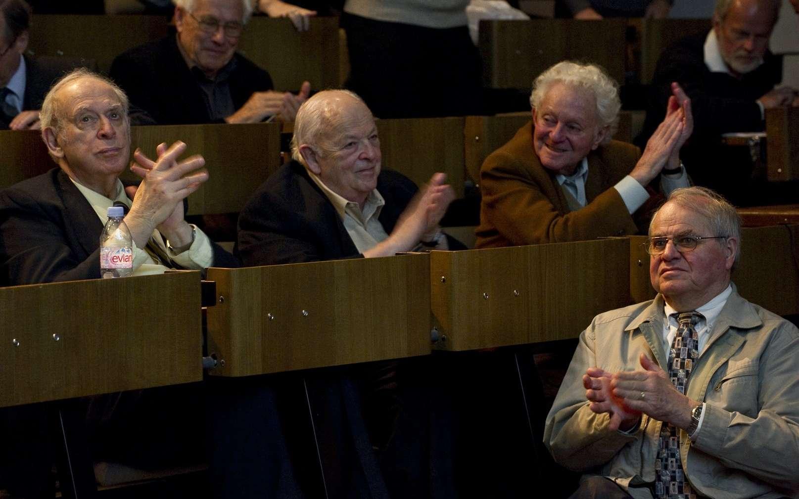 De gauche à droite, Jerome Friedman, Burton Richter, Leon Lederman. Crédit : Cern-Jean-Claude Gadmer