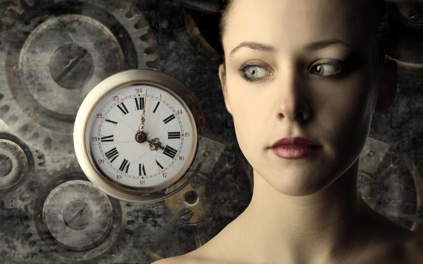 Les noyaux suprachiasmatiques sont le siège de l'horloge biologique humaine, permettant l'alternance veille-sommeil. © olly, Fotolia
