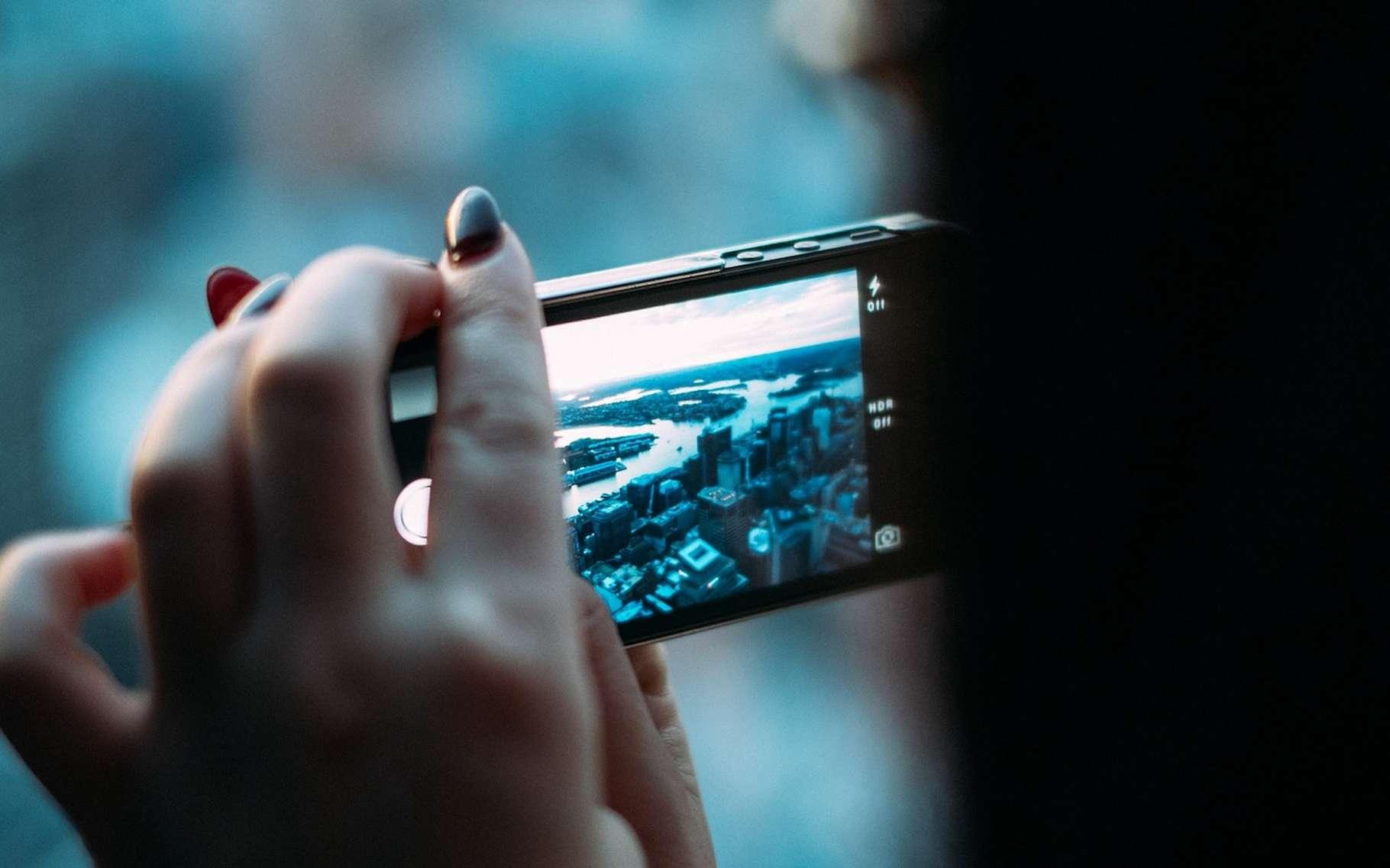 Ce sont des microsystèmes électromécaniques (Mems) qui permettent de détecter les mouvements des smartphones pour adapter l'orientation de leur écran. © Free-Photos, Pixabay, CC0 Public DOmain
