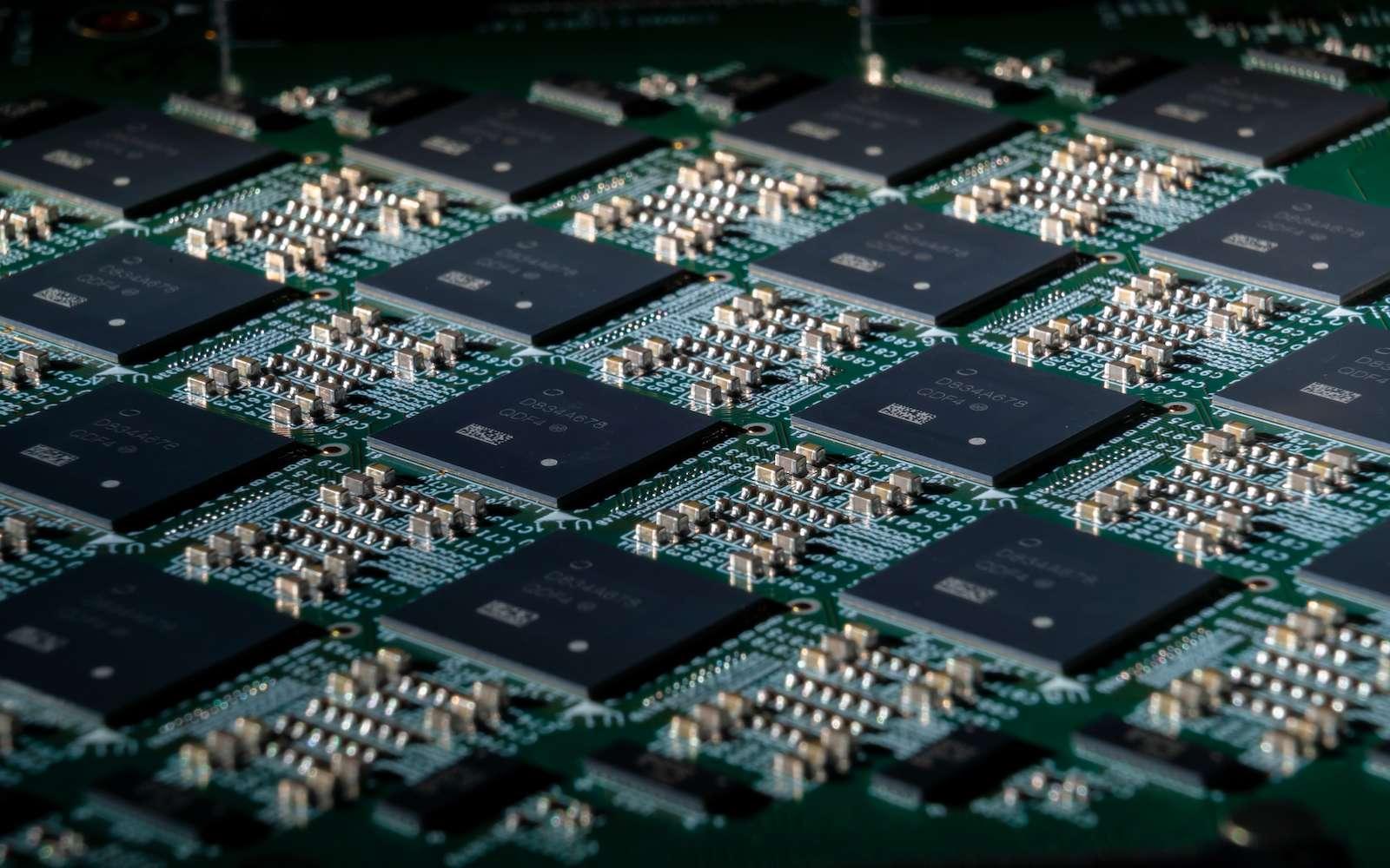 64 processeurs sont nécessaires pour atteindre le nombre de huit millions de neurones. © Intel