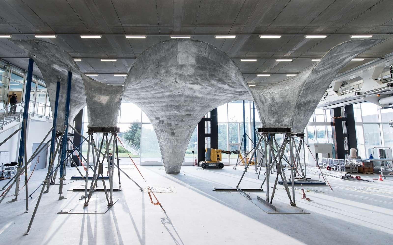Le prototype de toit en béton créé par l'ETH Zurich sera refabriqué à l'identique sur le toit de l'immeuble du laboratoire NEST à Dübendorf (Suisse). © Block Research Group, ETH Zurich, Michael Lyrenmann