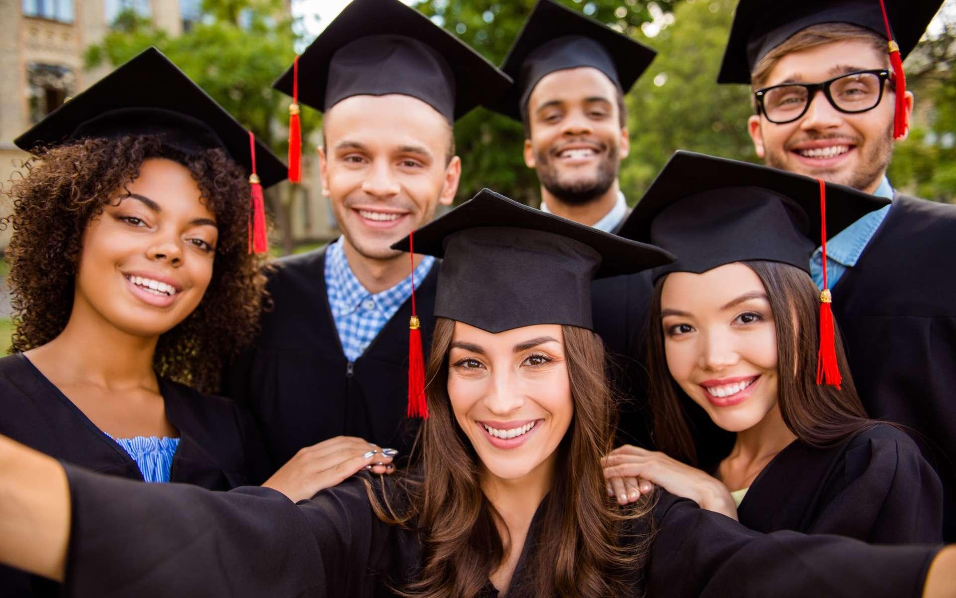 Le mastère spécialisé est accessible aux étudiants de niveau master 2, voire bac +4 avec expérience professionnelle ou sur dérogation. © deagreez, Adobe Stock
