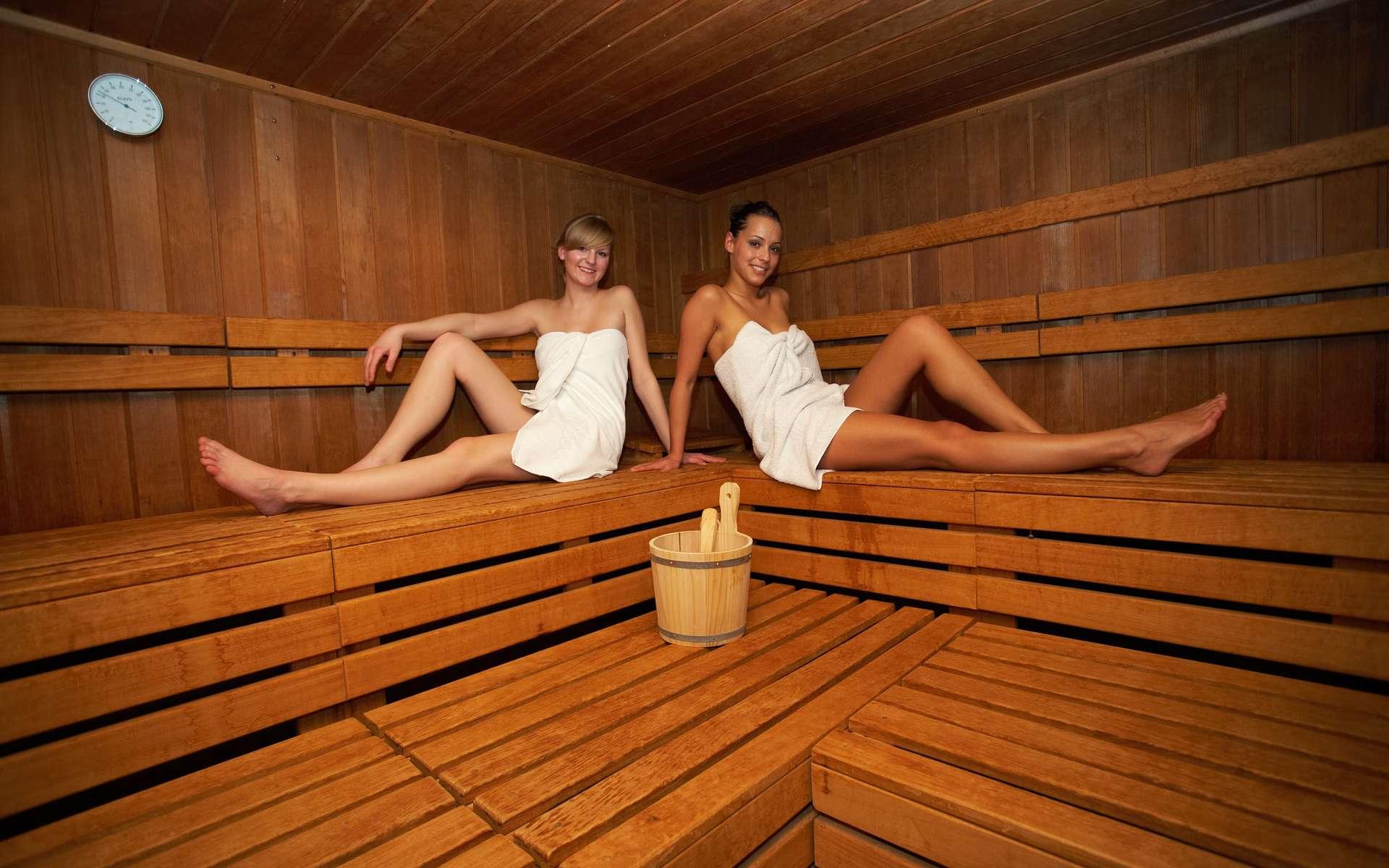 Le sauna doit toujours rester un moment de plaisir. © Christian Schwier - Fotolia