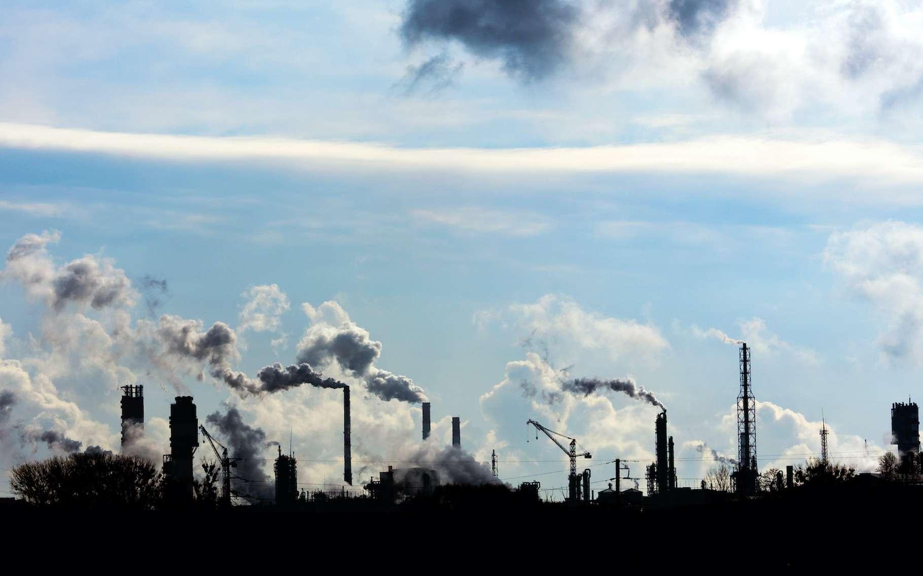 Au rythme où vont les choses, les émissions de CO2 nous mèneront à un réchauffement climatique compris entre +2,3 et +4,5 °C. © Vital, Adobe Stock